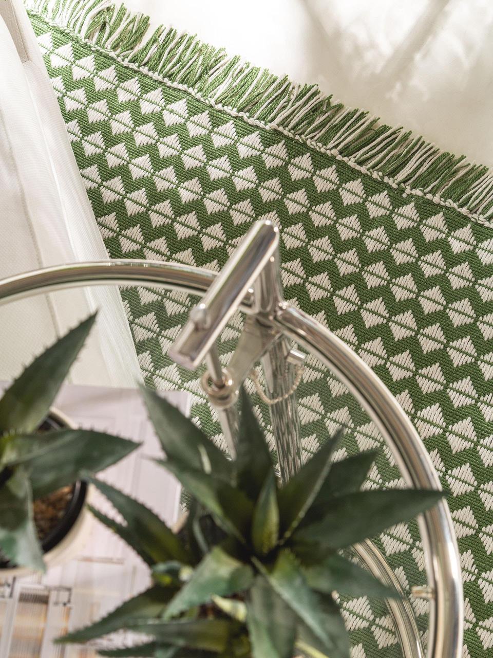 Tappeto etnico da interno-esterno con frange Morty, 100% poliestere (PET riciclato), Verde, bianco latteo, Larg. 80 x Lung. 150 cm (taglia XS)