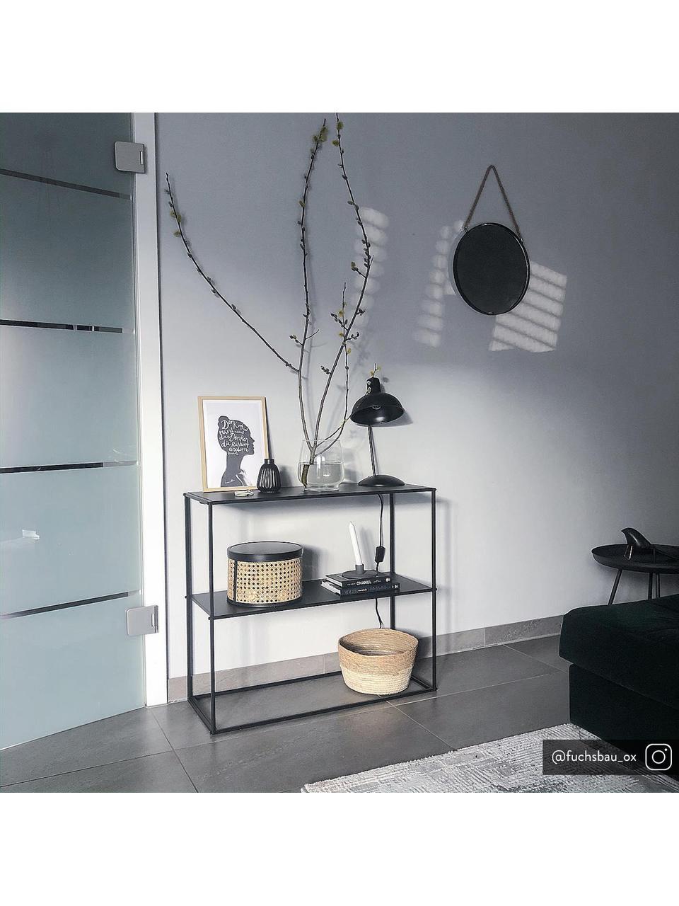 Retro tafellamp Hood, Lampenkap: gelakt metaal, Lampvoet: gelakt metaal, Lamp: zwart, messingkleurig. Lampenkap binnenzijde: wit, 20 x 38 cm