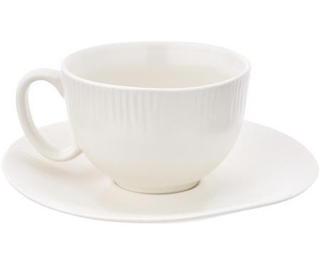 Handgefertigte Teetasse mit Untertasse Sandvig mit leichtem Rillenrelief