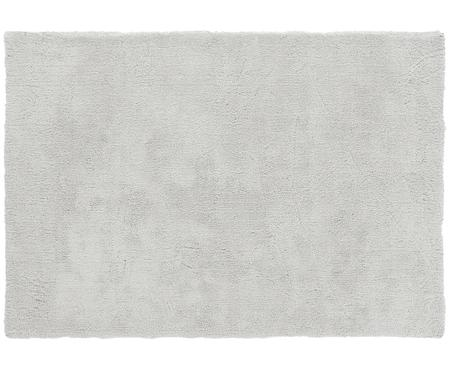Pluizig hoogpolig vloerkleed Leighton in lichtgrijs