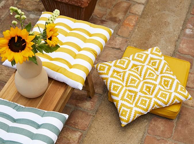 Sonnige Outdoor-Textilien