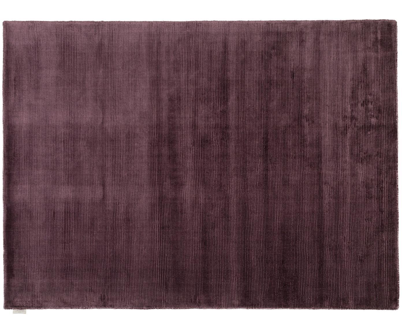 Handgeweven vloerkleed Lunar, Bovenzijde: viscose, Onderzijde: 100% katoen, Paars, 69 x 226 cm