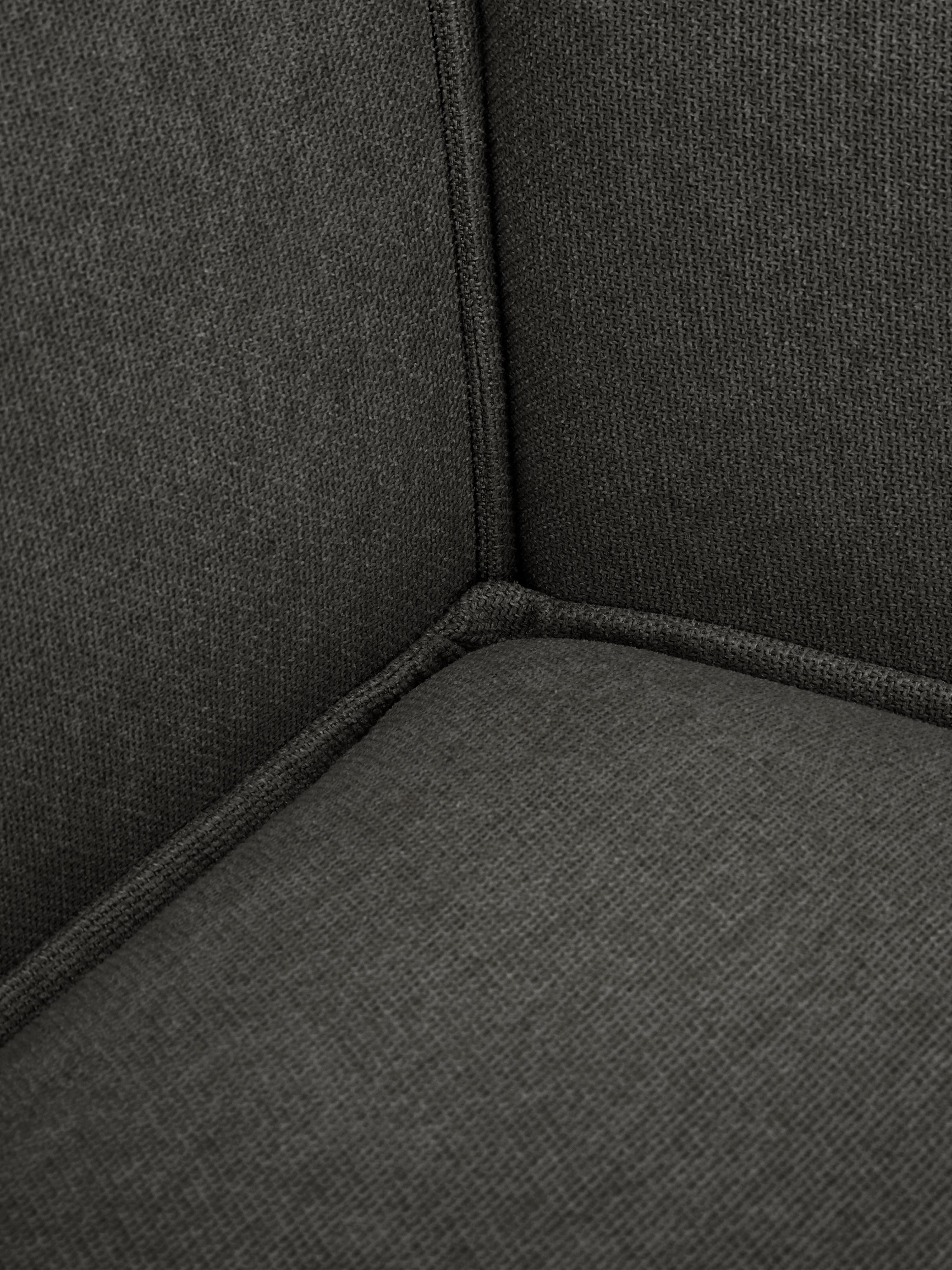 Divano componibile in tessuto antracite Lennon, Rivestimento: poliestere 35.000 cicli d, Struttura: legno di pino massiccio, , Piedini: materiale sintetico, Tessuto antracite, Larg. 269 x Prof. 119 cm