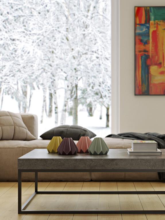 Couchtisch Ellis in Betonoptik, Tischplatte: Leichtbau-Wabenstruktur, , Gestell: Metall, lackiert, Schwarz, Betonfarben, 120 x 38 cm
