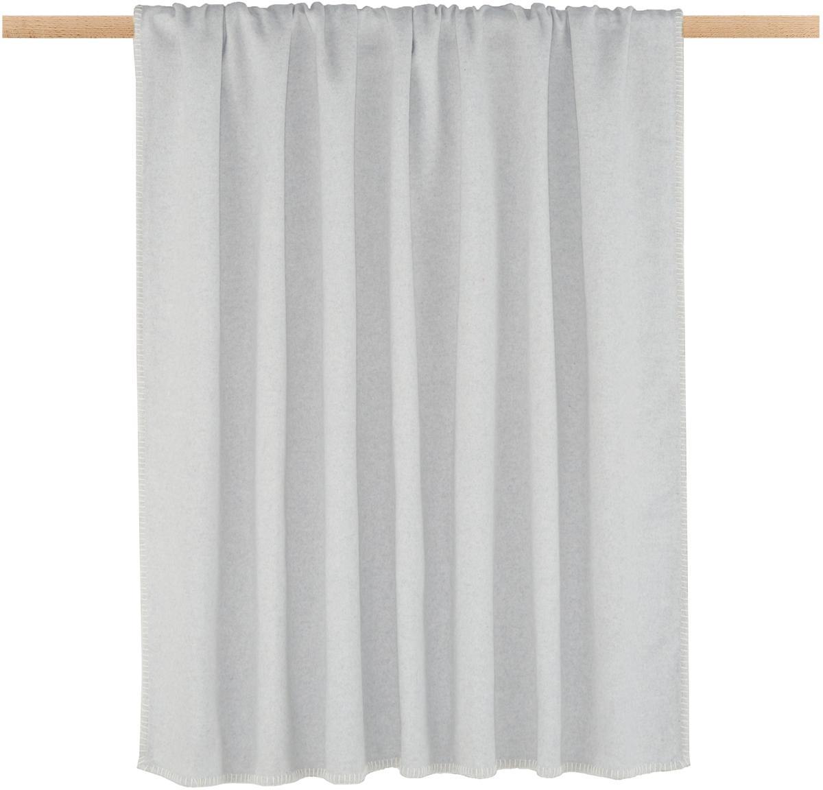 Plaid in pile Sylt in grigio chiaro con cucitura, Tessuto: jacquard, Grigio chiaro, Larg. 140 x Lung. 200 cm