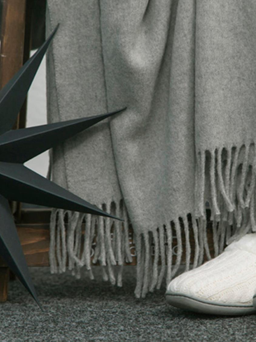 Kaschmir-Plaid Liliana in Grau, 80%Wolle, 20%Kaschmir, Grau, 130 x 170 cm