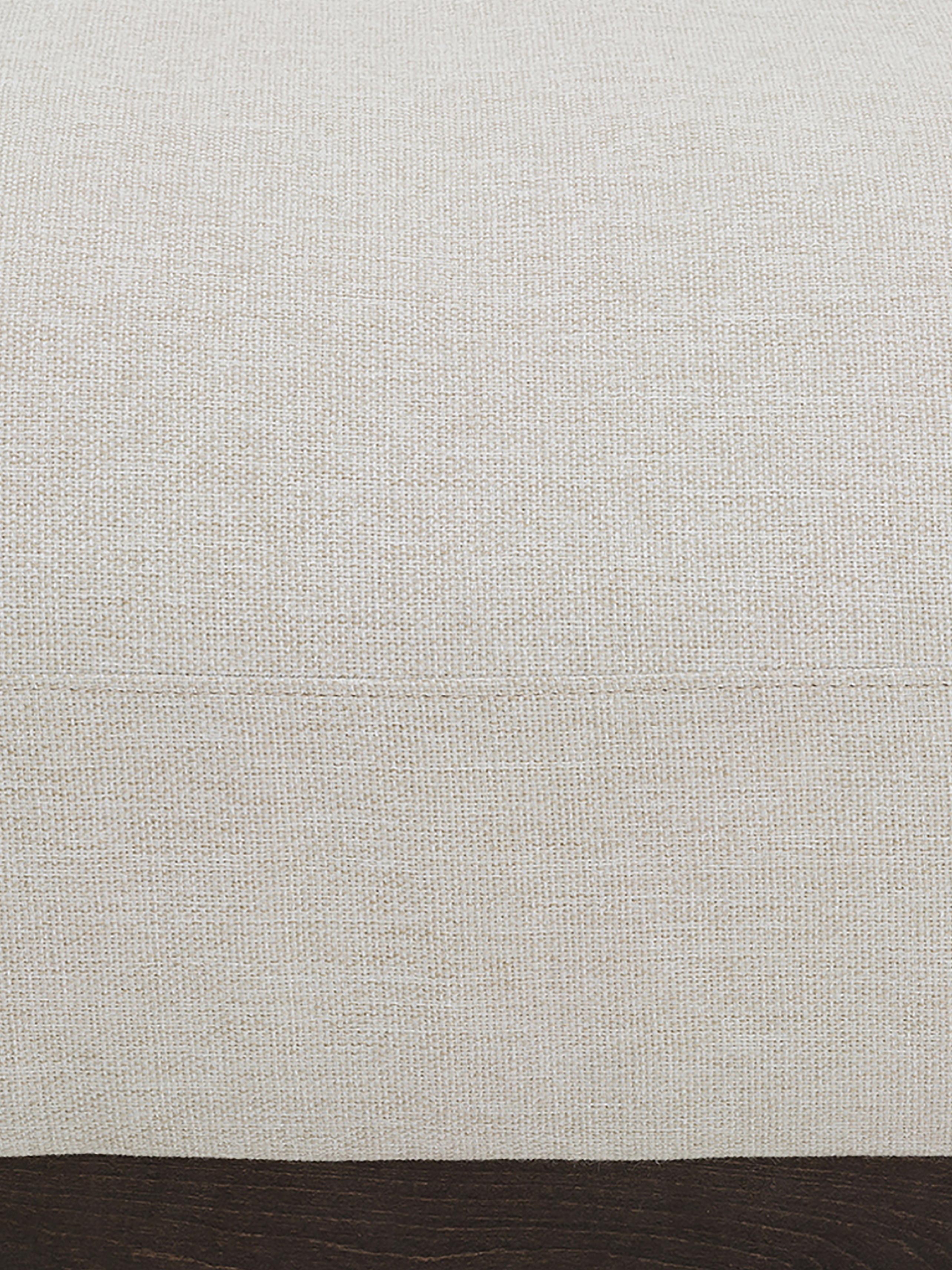Divano 3 posti in tessuto beige Brooks, Rivestimento: poliestere 35.000 cicli d, Struttura: legno di pino, massiccio, Cornice: legno di pino, laccato, Piedini: metallo, verniciato a pol, Beige, Larg. 230 x Prof. 98 cm