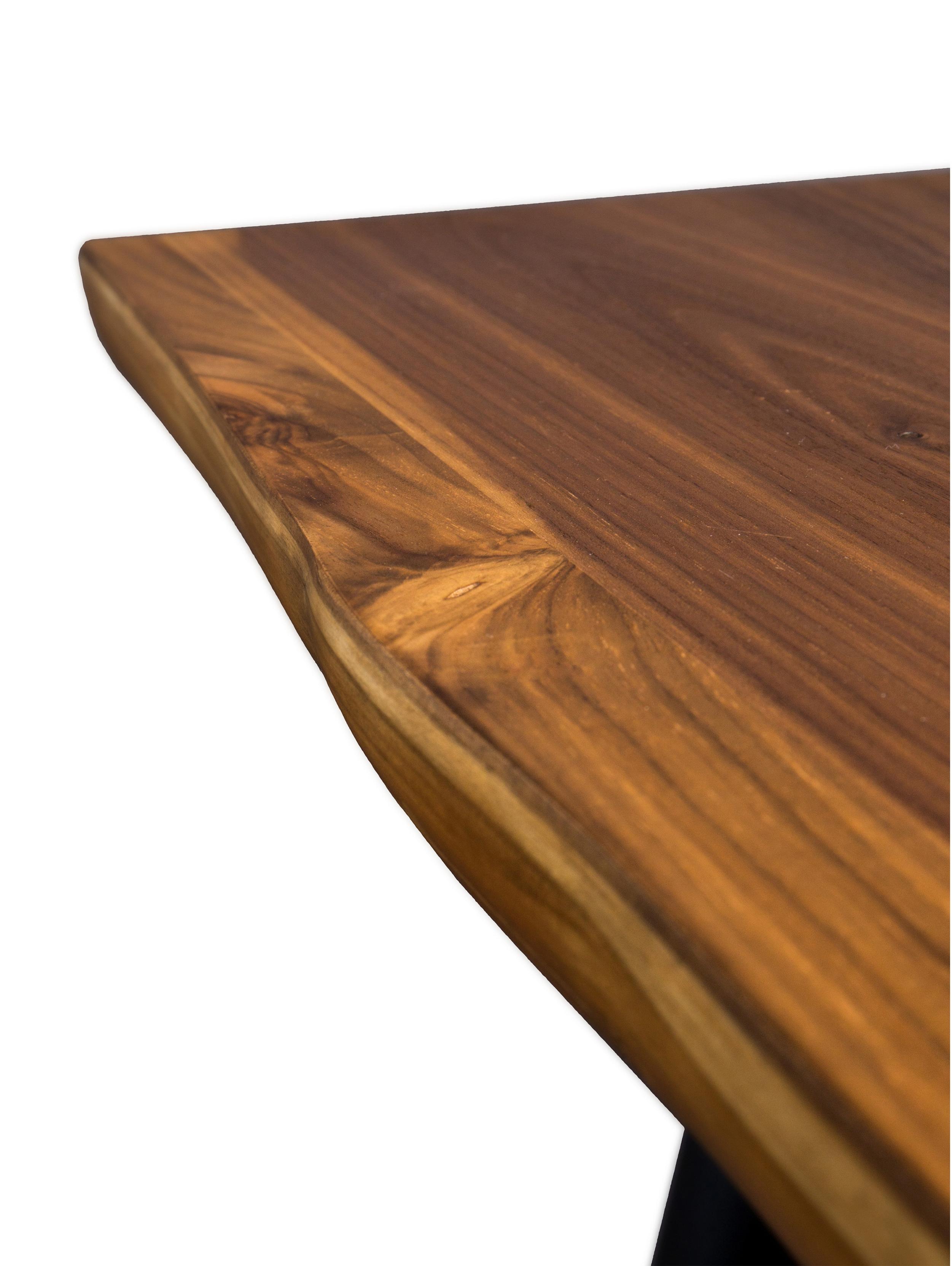 Esstisch Alagon mit Baumkante, Tischplatte: Mitteldichte Holzfaserpla, Beine: Stahl, pulverbeschichtet, Walnuss, B 160 x T 90 cm