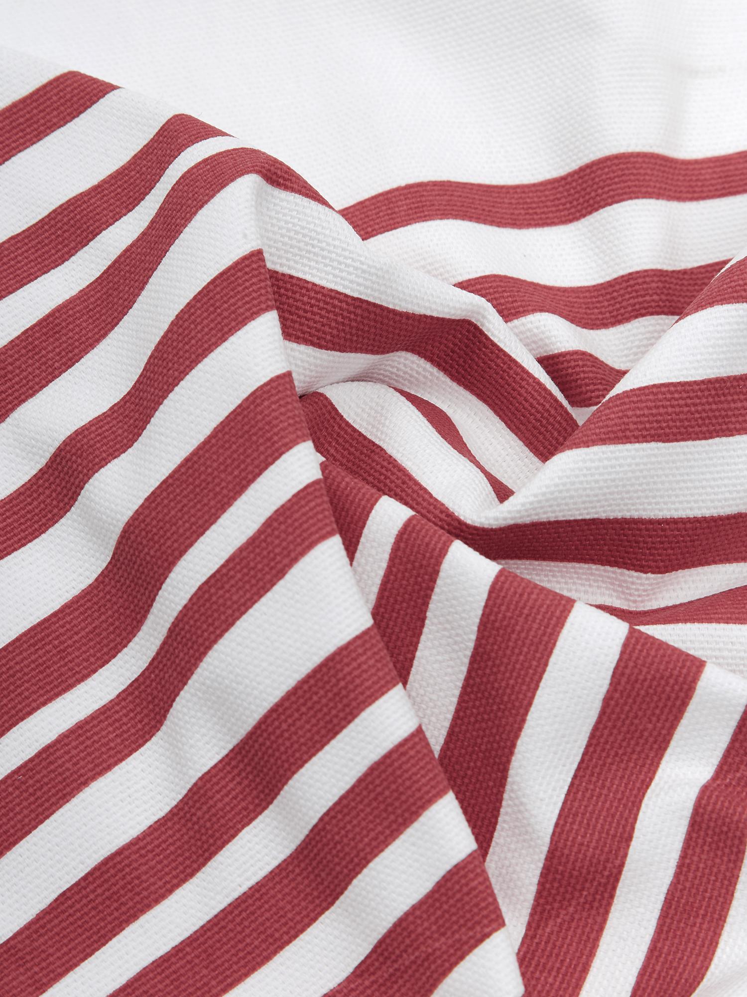 Kissenhülle Corey mit Streifen in Dunkelrot/Weiss, 100% Baumwolle, Weiss, Dunkelrot, 40 x 40 cm
