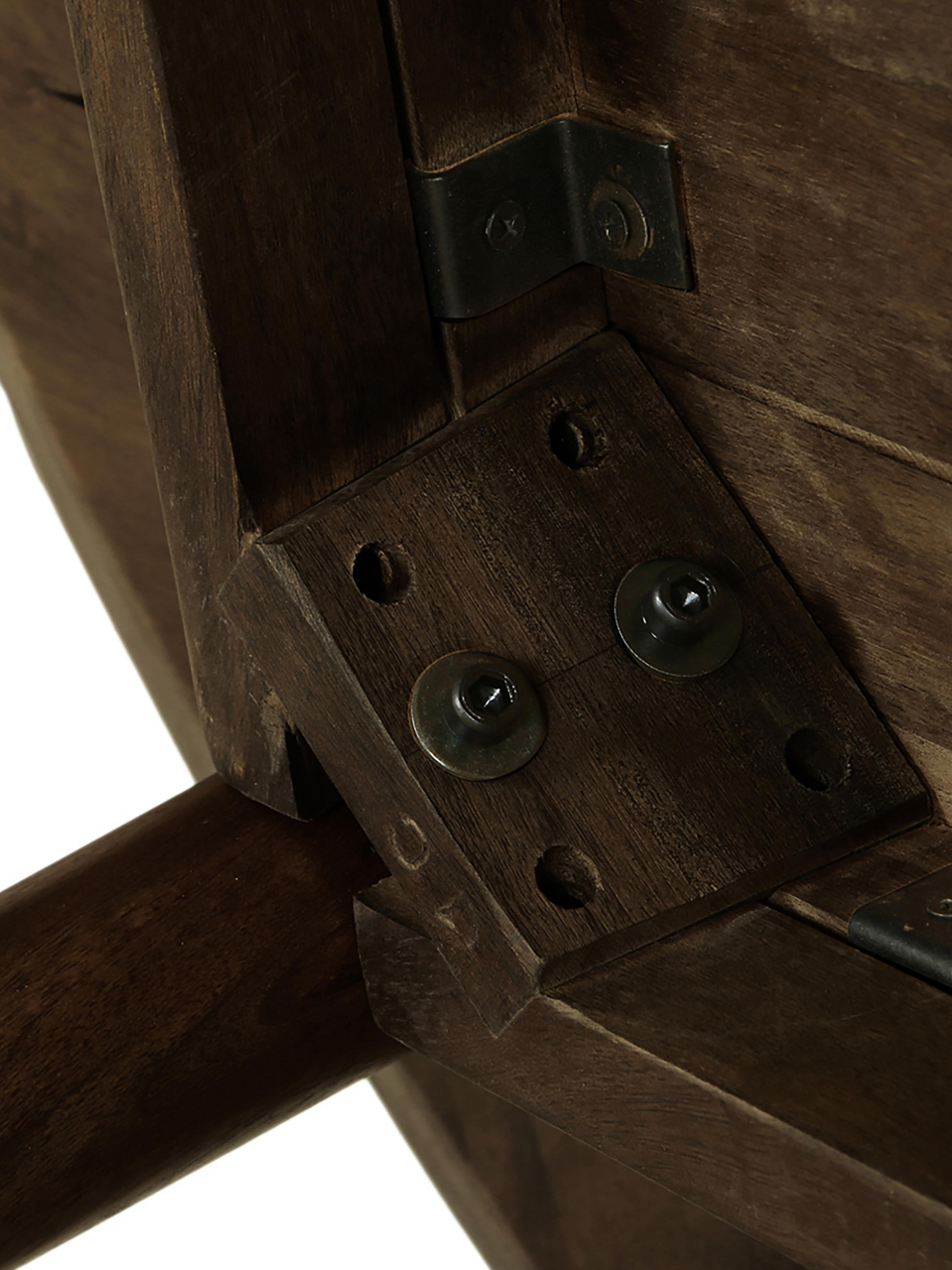 Tavolo rotondo in legno massello Oscar, Legno di mango massello, verniciato, Marrone scuro, Ø 106 cm