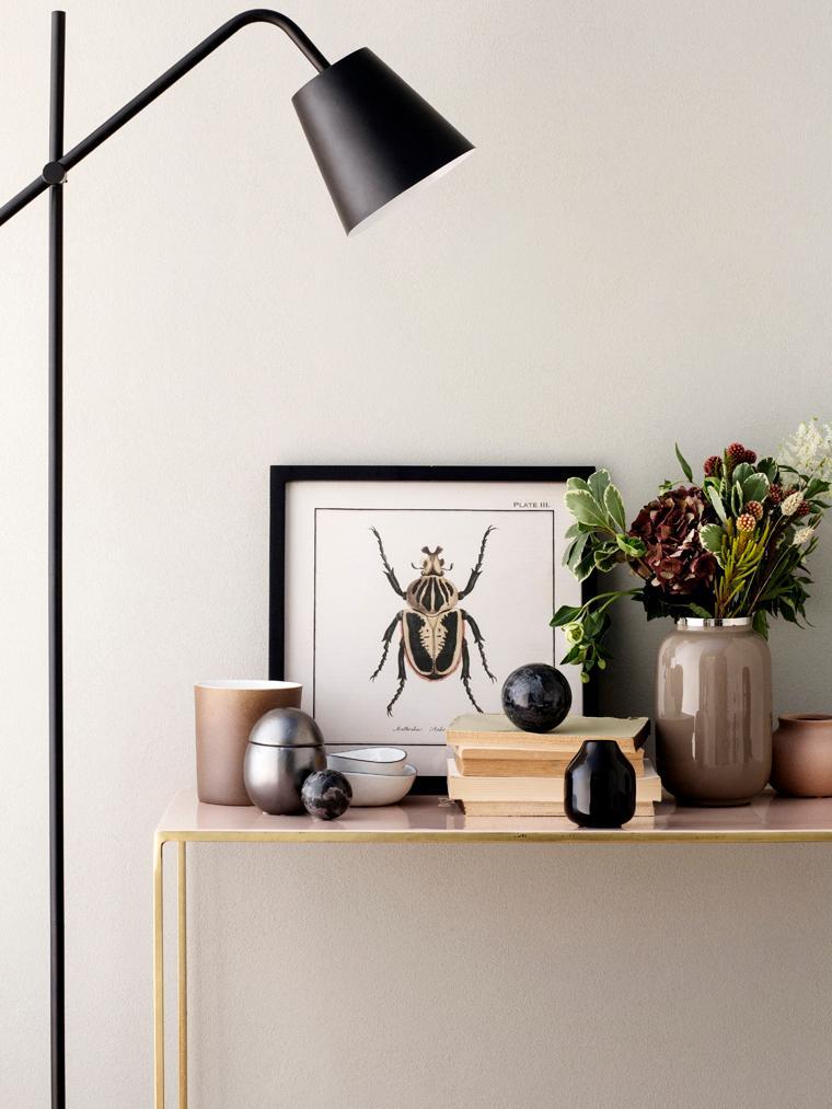 Konsole Freja aus Metall, Gestell: Metall, lackiert, Tischplatte: Metall, emailliert, Messingfarben, Lachsfarben, B 100 x T 40 cm