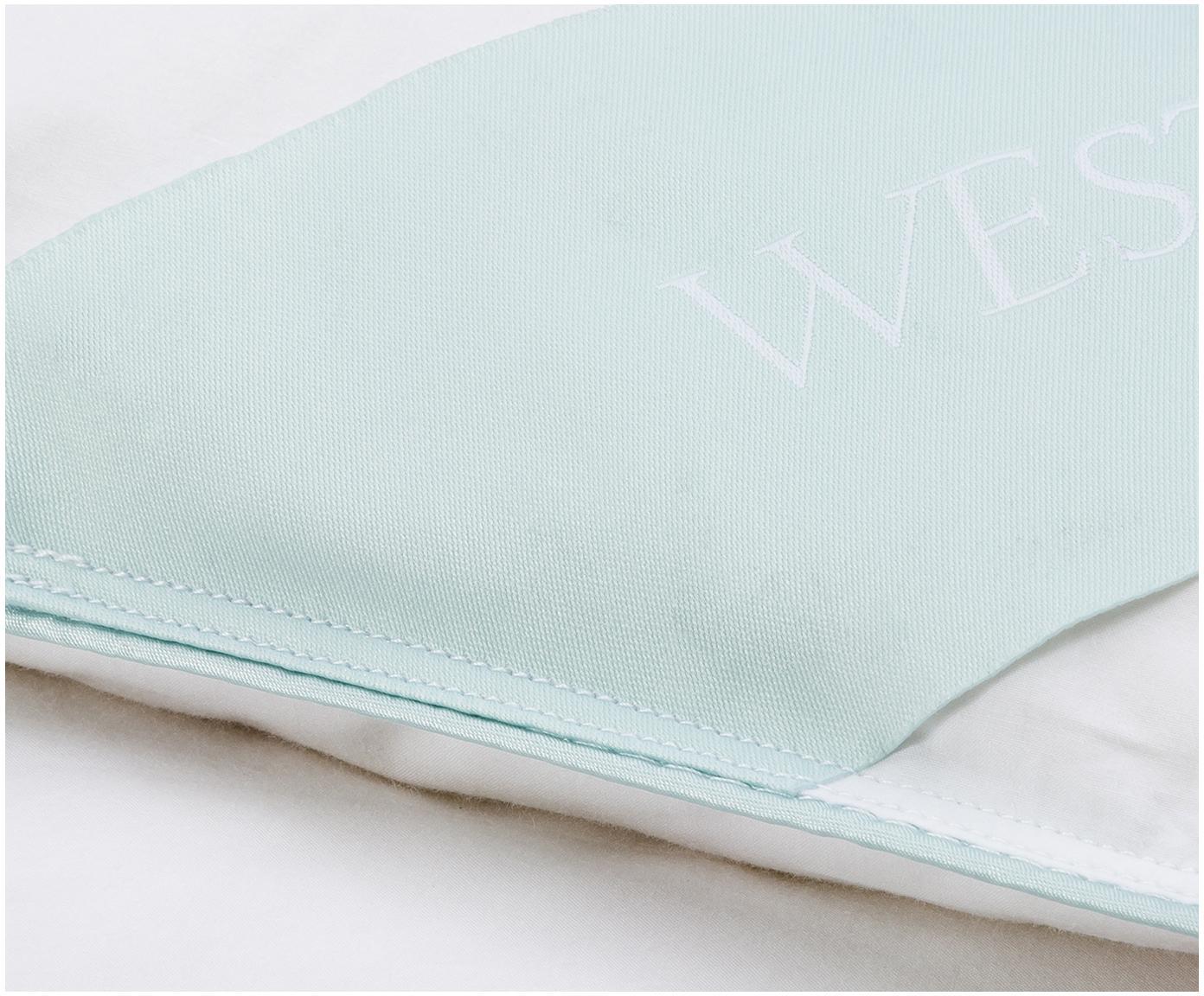 Piumino trapuntato in piuma d'oca Comfort, medio, Bianco con fascia di stoffa in raso turchese, Larg. 155 x Lung. 200 cm