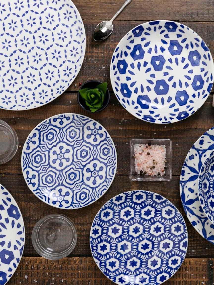 Set 18 piatti Bodrum, Porcellana, Blu,bianco, Diverse dimensioni