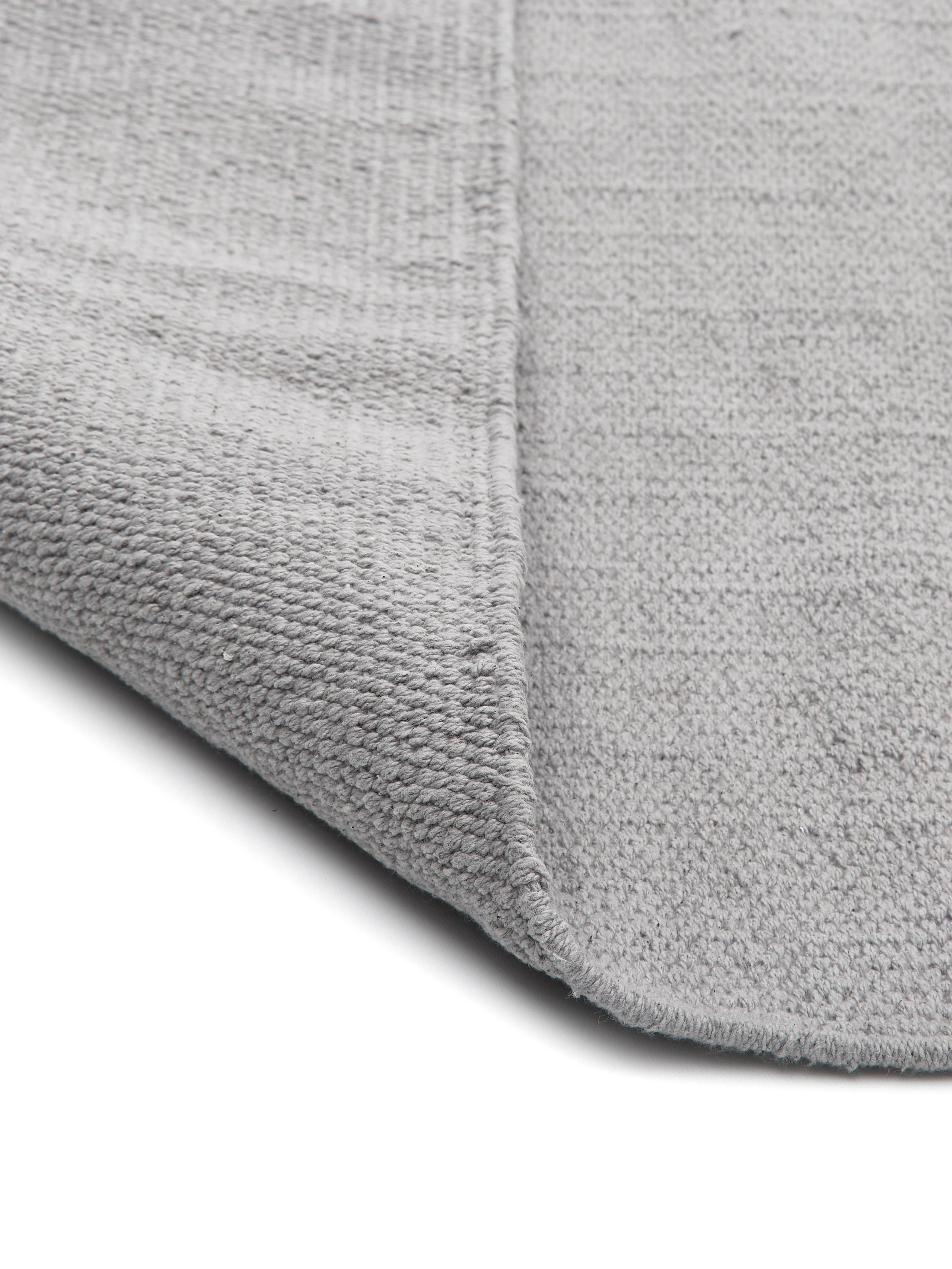 Dünner Baumwollteppich Agneta, handgewebt, 100% Baumwolle, Grau, B 70 x L 140 cm (Grösse XS)