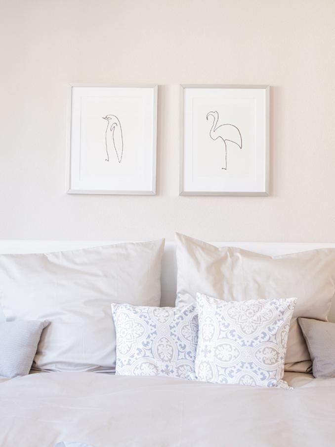 Gerahmter Digitaldruck Picasso's Pinguin, Bild: Digitaldruck, Rahmen: Kunststoff, Antik-Finish, Front: Glas, Bild: Schwarz, Weiss<br>Rahmen: Silberfarben, 40 x 50 cm
