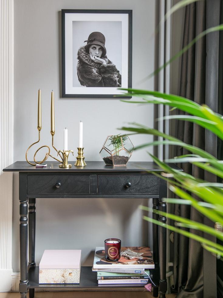 Konsole Zoe mit 2 Schubladen, Kiefernholz, lackiert in Shabby Chic, Schwarz, B 93 x T 33 cm