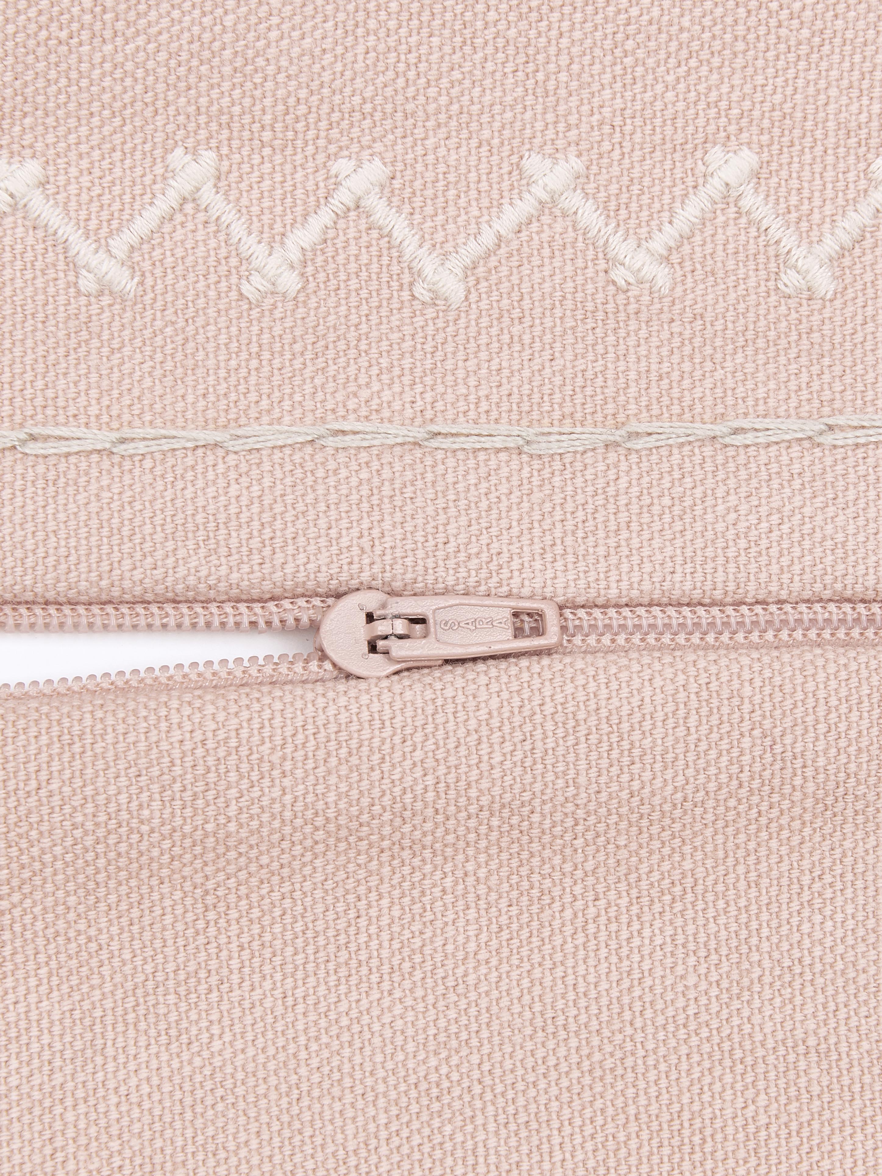 Federa arredo ricamata Huata, Cotone, Rosa, taupe, beige, Larg. 45 x Lung. 45 cm