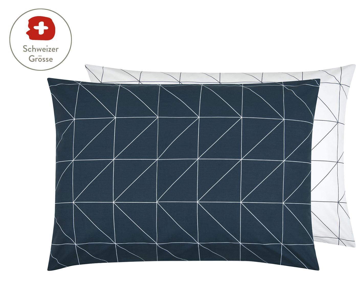 Baumwoll-Wendekissenbezug Marla mit grafischem Muster, Webart: Renforcé Fadendichte 144 , Navyblau, Weiss, 50 x 70 cm