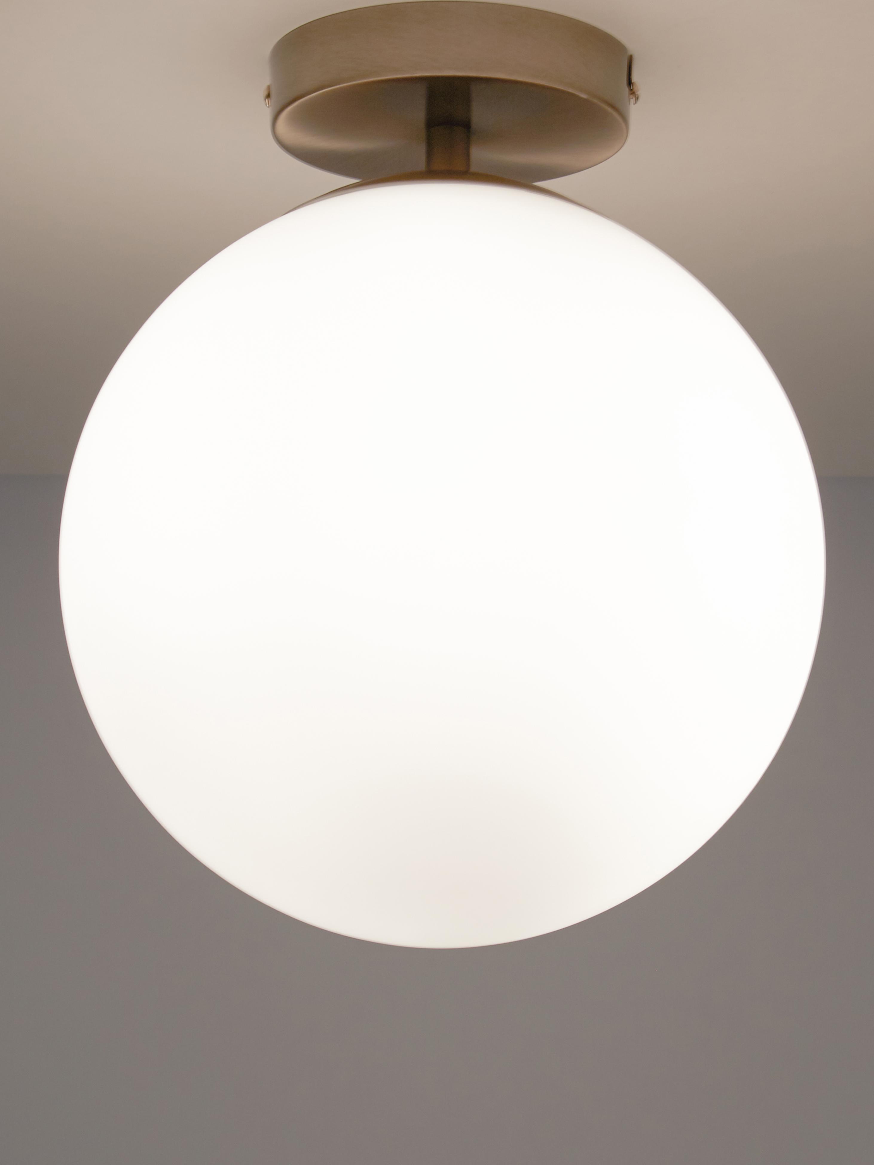 Lampada da soffitto Hitch, Paralume: vetro, Baldacchino e rilegatura: ottone opaco Paralume: bianco, Ø 25 x Alt. 30 cm