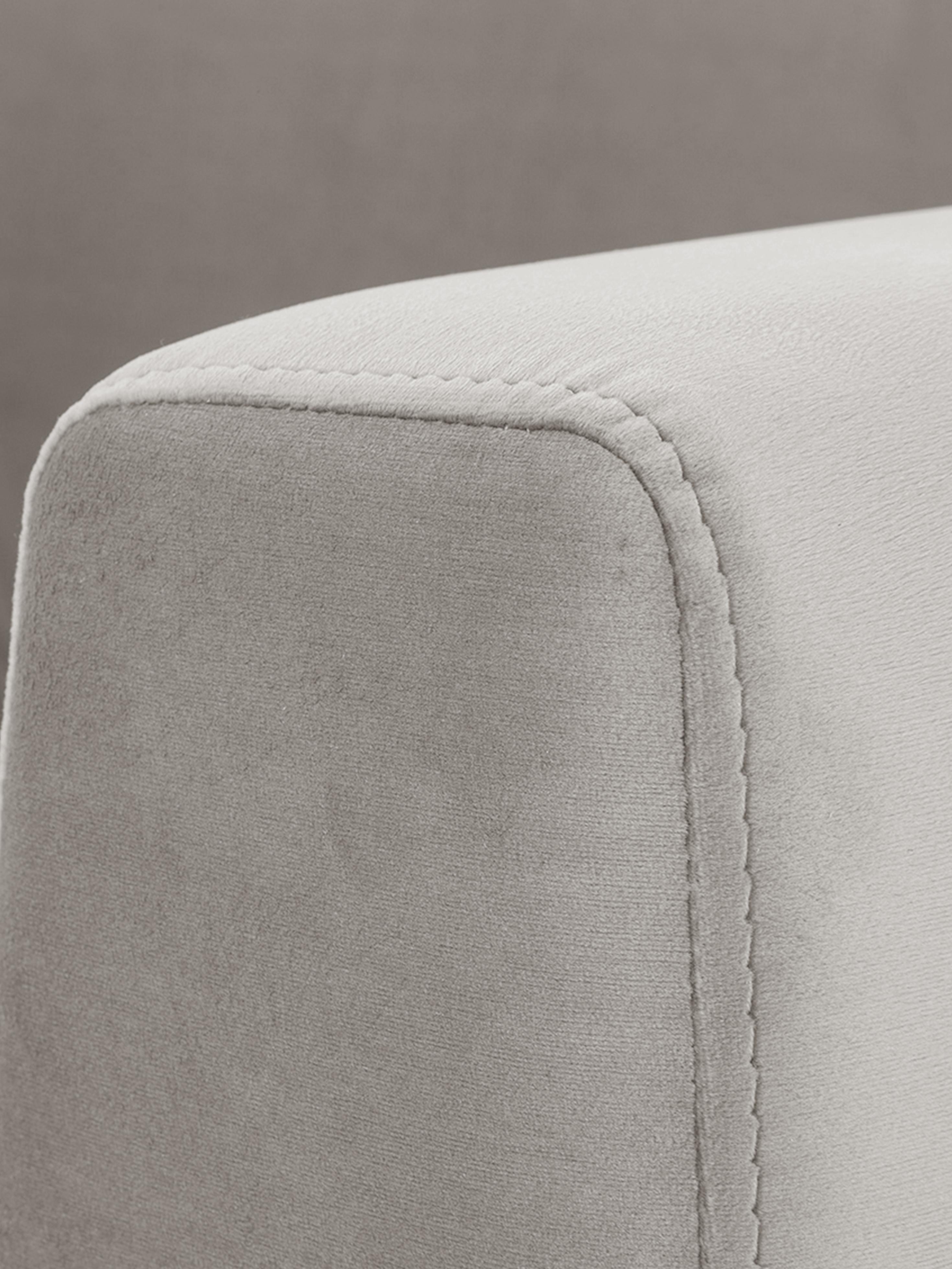Fluwelen hoekbank Luna, Bekleding: fluweel (polyester), Frame: massief beukenhout, Poten: gegalvaniseerd metaal, Fluweel beige, goudkleurig, B 280 x D 184 cm