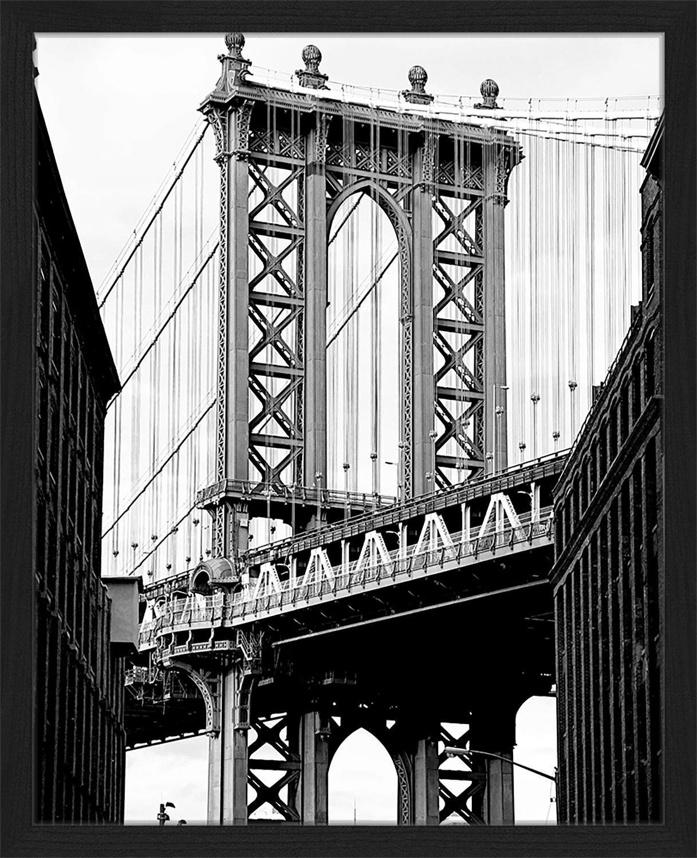 Stampa digitale incorniciata Manhattan Bridge, Immagine: stampa digitale su carta,, Cornice: legno verniciato, Nero, bianco, Larg. 43 x Alt. 53 cm