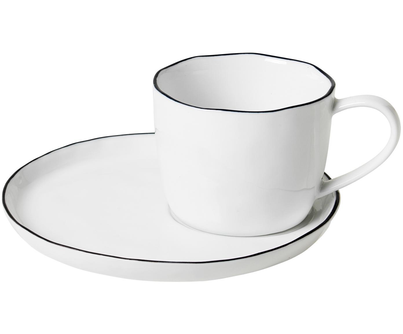 Handgemachte Tasse mit Untertasse Salt, Porzellan, Gebrochenes Weiss<br>Rand: Schwarz, Ø 8 x H 7 cm
