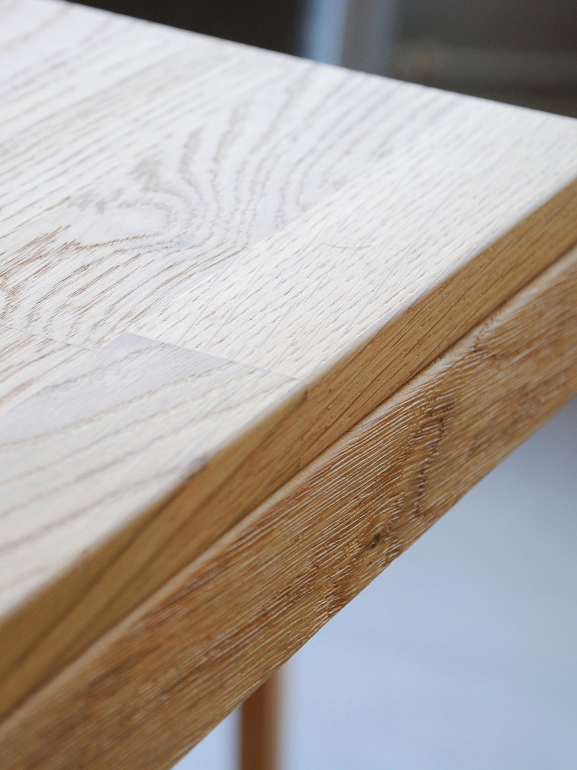 Verlängerbarer Massivholz Esstisch Brooklyn aus Eiche, Massives Eichenholz, gebürstet und klar lackiert, Eichenholz, B 170 bis 220 x T 95 cm