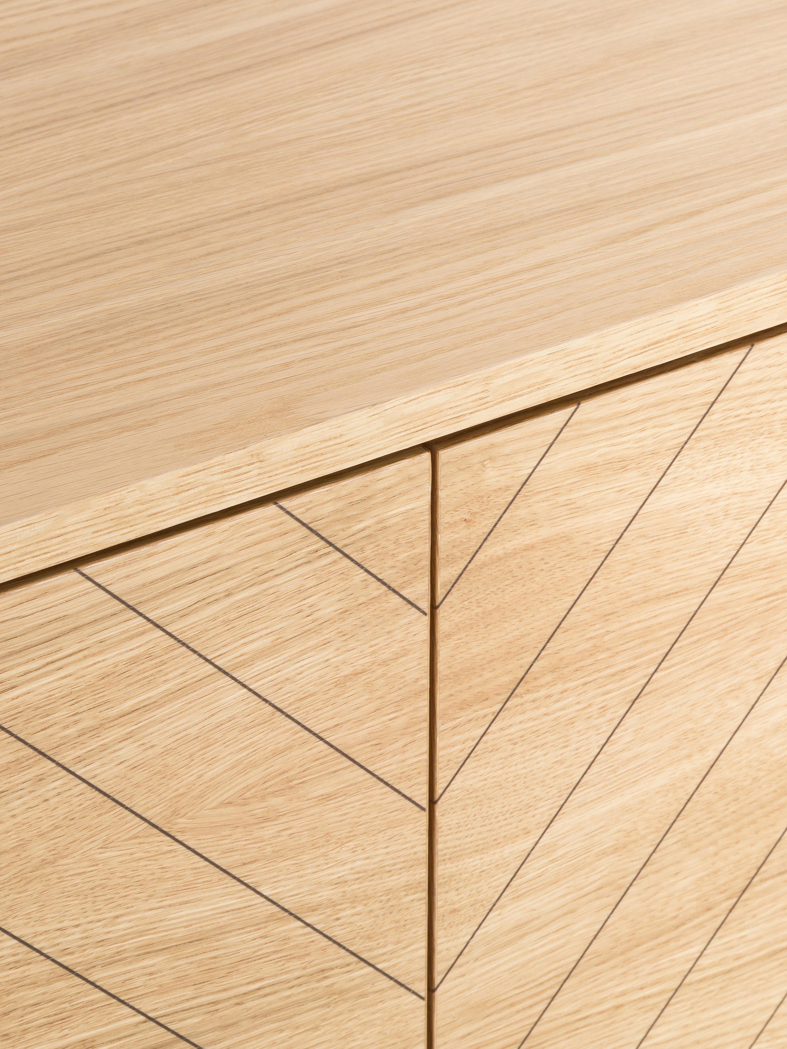 Komoda Camden, Korpus: płyta pilśniowa (MDF) z f, Nogi: drewno brzozowe, lakierow, Drewno dębowe, S 175 x W 75 cm