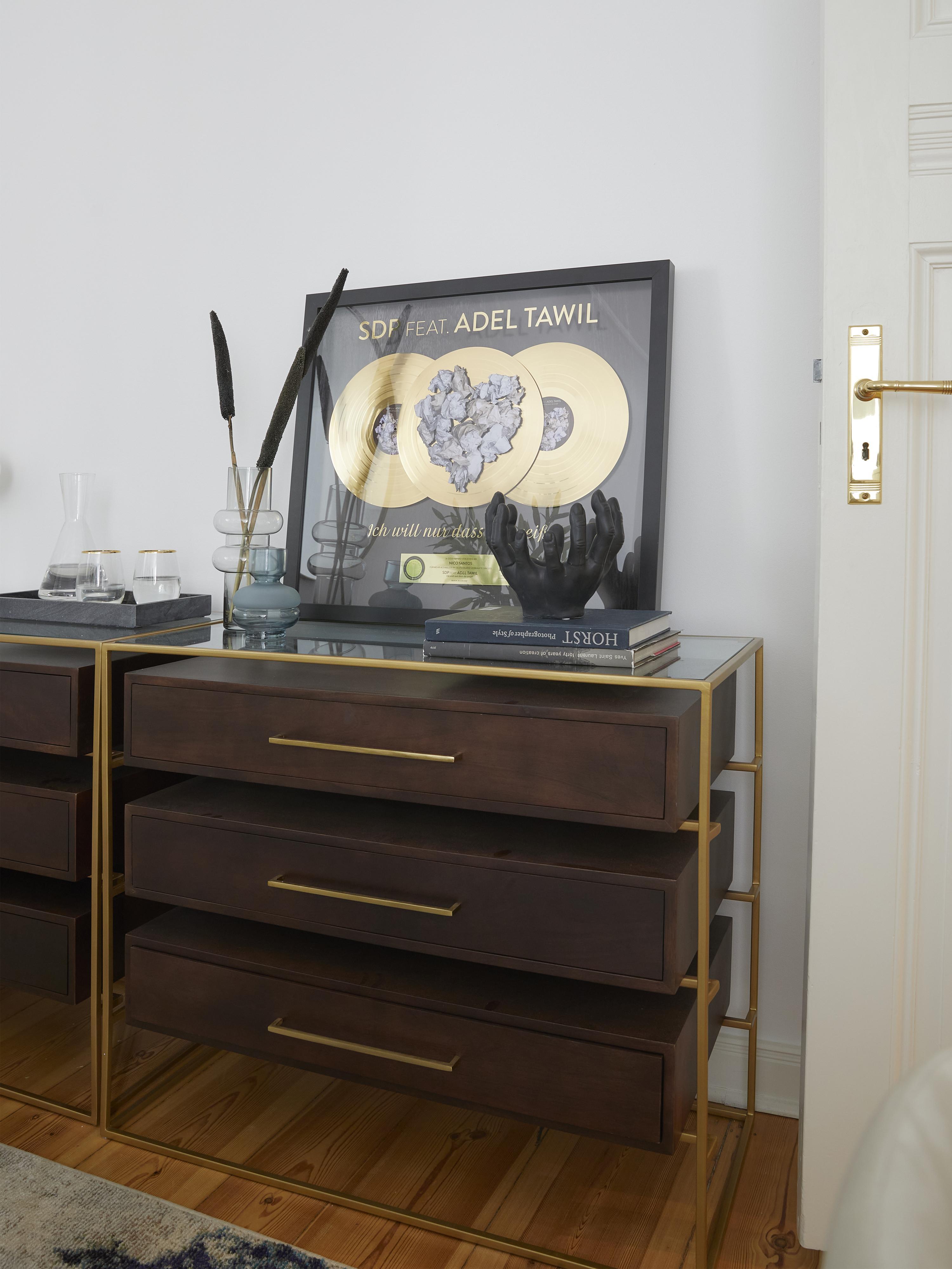Ladekast Lyle met glazen blad, Plank: glas, Donker gelakt mangohout, 100 x 82 cm