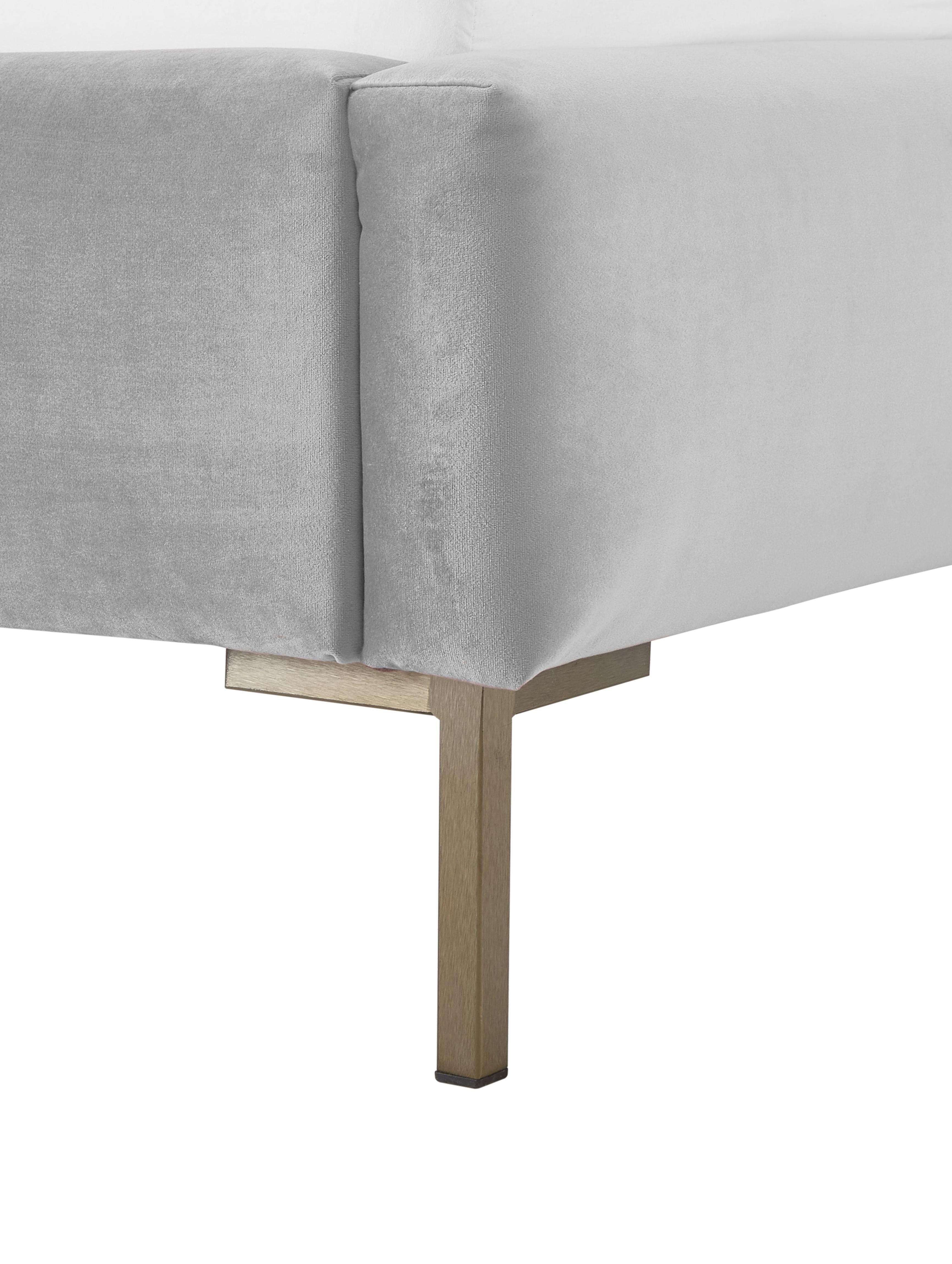Samt-Polsterbett Dusk, Korpus: Massives Kiefernholz, Füße: Metall, pulverbeschichtet, Bezug: Polyestersamt 30.000 Sche, Hellgrau, 180 x 200 cm