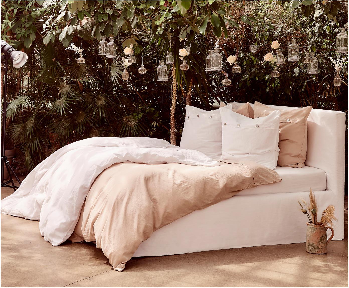 Gestoffeerd bed Feather met opbergfunctie, Frame: massief grenenhout, Bekleding: polyester (structuurmater, Crèmewit, 180 x 200 cm
