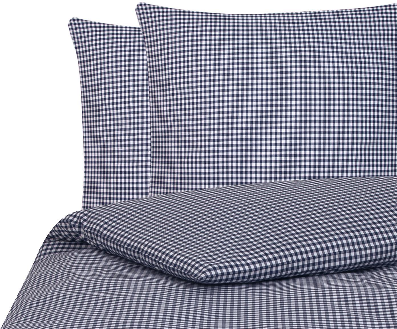 Karierte Baumwoll-Bettwäsche Scotty in Blau/Weiß, 100% Baumwolle  Fadendichte 118 TC, Standard Qualität  Bettwäsche aus Baumwolle fühlt sich auf der Haut angenehm weich an, nimmt Feuchtigkeit gut auf und eignet sich für Allergiker, Blau/Weiß, 240 x 220 cm + 2 Kissen 80 x 80 cm