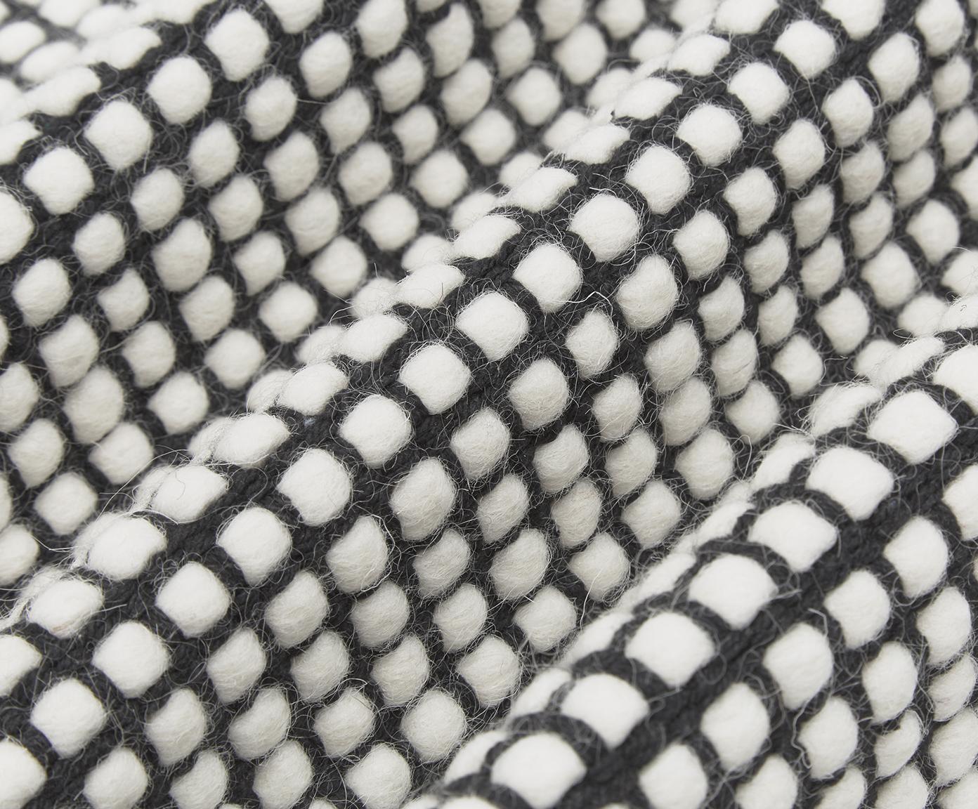 Handgeweven wollen vloerkleed Amaro, Zwart, crèmewit, B 200 x L 300 cm (maat L)