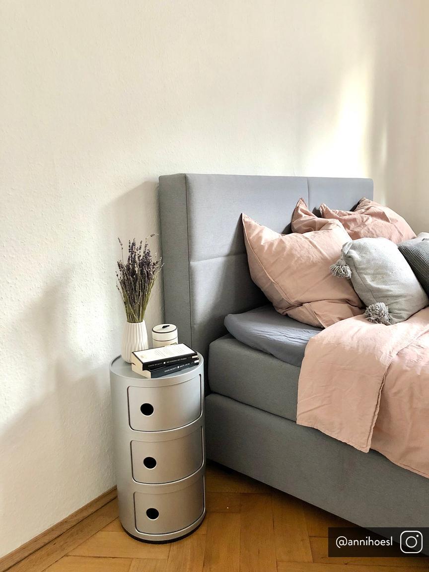 Designový odkládací stolek Componibile, Stříbrná