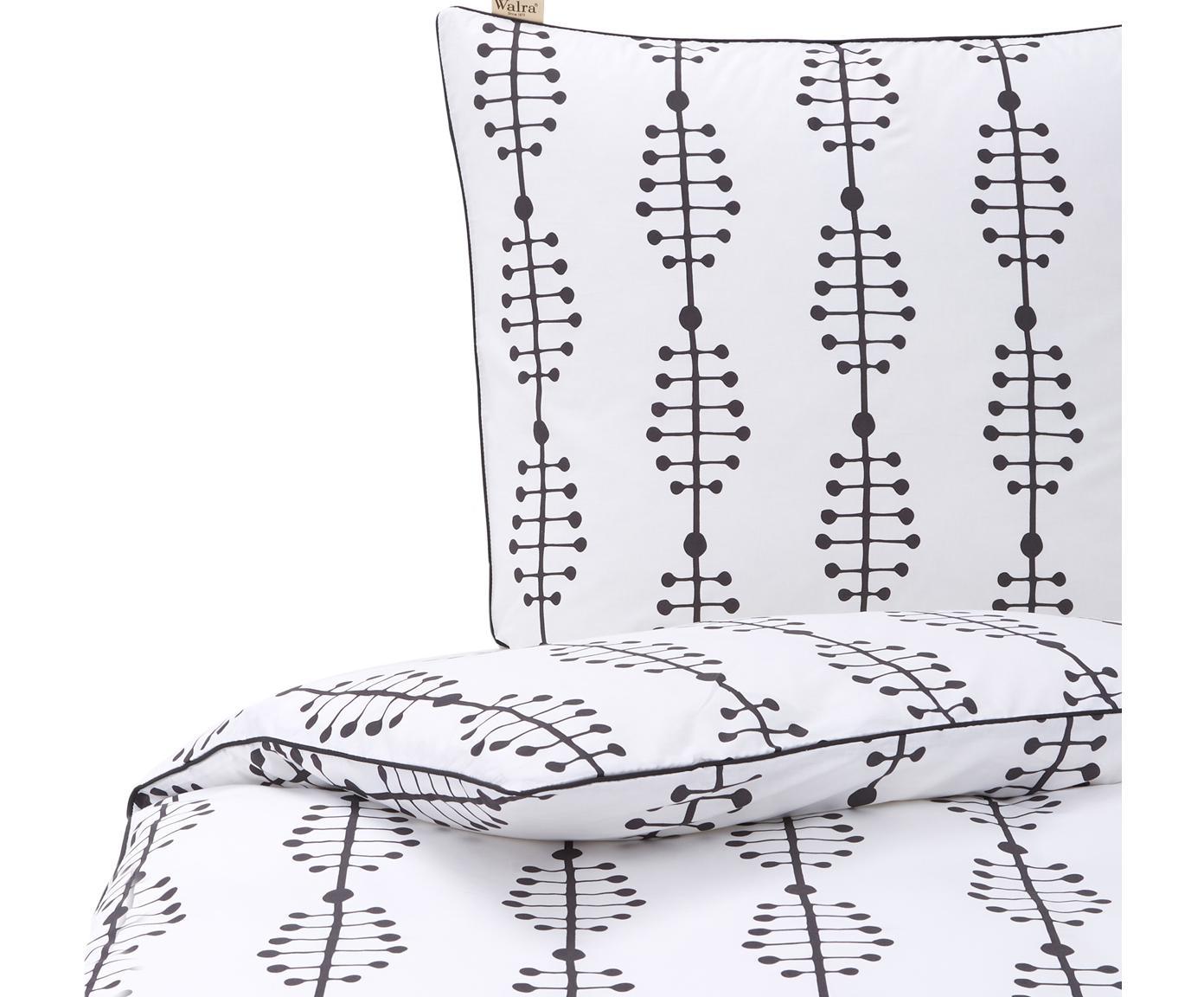 Baumwoll-Bettwäsche Lines and Dashes mit grafischem Muster, Webart: Renforcé Renforcé besteht, Weiss, Anthrazit, 135 x 200 cm + 1 Kissen 80 x 80 cm
