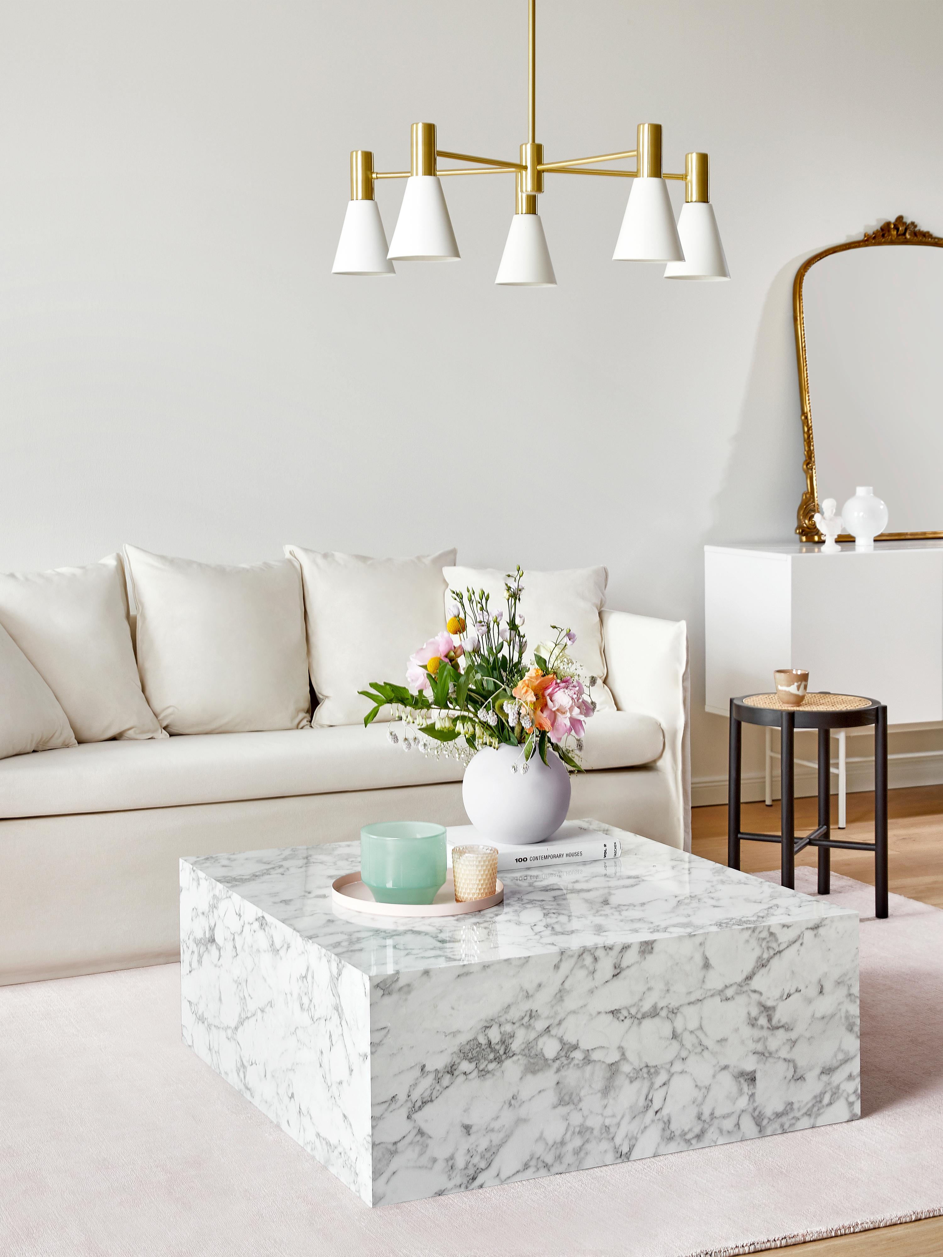 Hussen-Sofa Mila (3-Sitzer), Bezug: Baumwolle 26.000 Scheuert, Gestell: Massives Fichtenholz, Füße: Kunststoff, Cremeweiß, B 195 x T 82 cm
