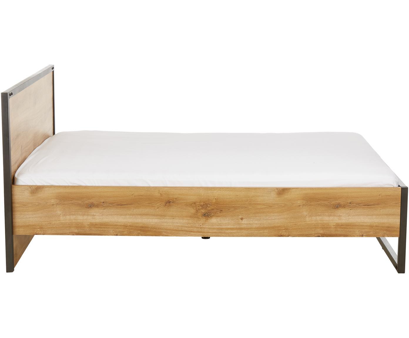 Houten bed Detroit in industrial design, Frame: MDF, Poten: gepoedercoat metaal, Eikenhoutkleurig, 160 x 200 cm