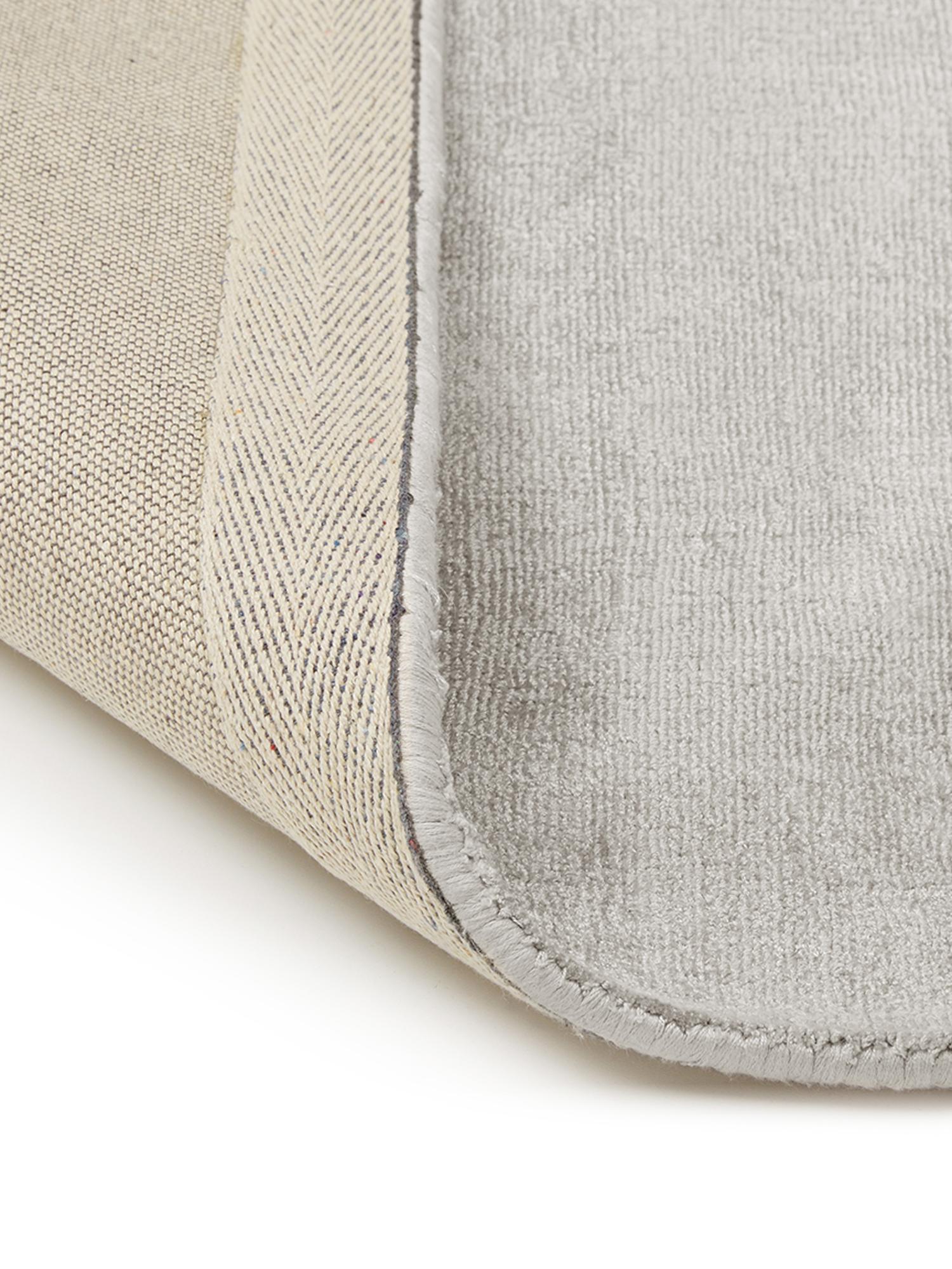 Alfombra artesanal de viscosa Jane, Parte superior: 100%viscosa, Reverso: 100%algodón, Gris claro, beige, An 400 x L 500 cm (Tamaño XXL)