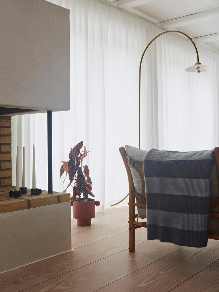 Handgemaakte plantenpot Ika Kana, Keramiek, Terracottakleurig, Ø 30 x H 23 cm