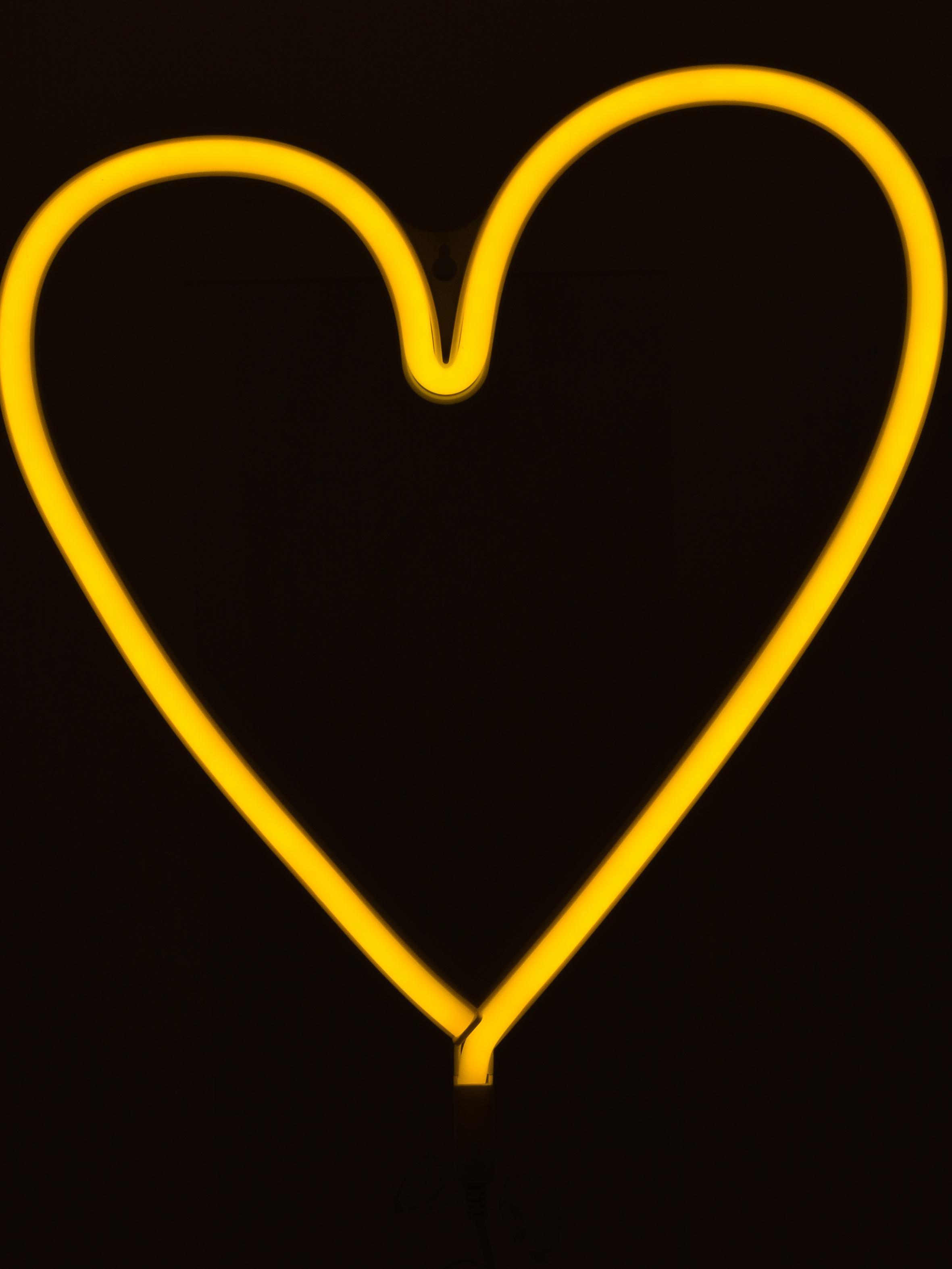 Nástěnné svítidlo se zástrčkou Adri, Barva světla: žlutá Je-li lampa vypnutá, má bílou barvu