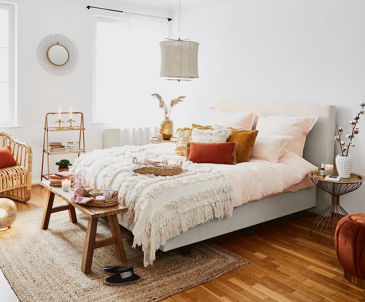 Łóżko kontynentalne premium Eliza, Nogi: lite drewno bukowe, lakie, Beżowy, 180 x 200 cm