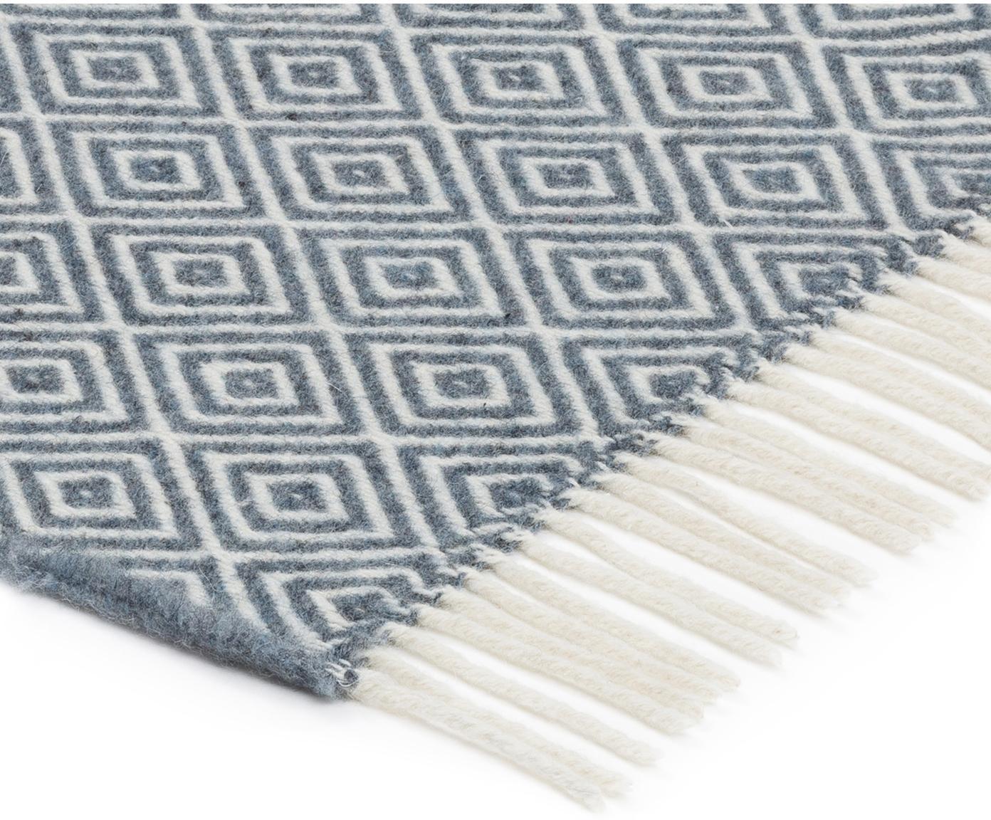 Woll-Plaid Alison mit feinem grafischem Muster, 70% Merinowolle, 30% Polyester, Graublau, Gebrochenes Weiß, 140 x 200 cm