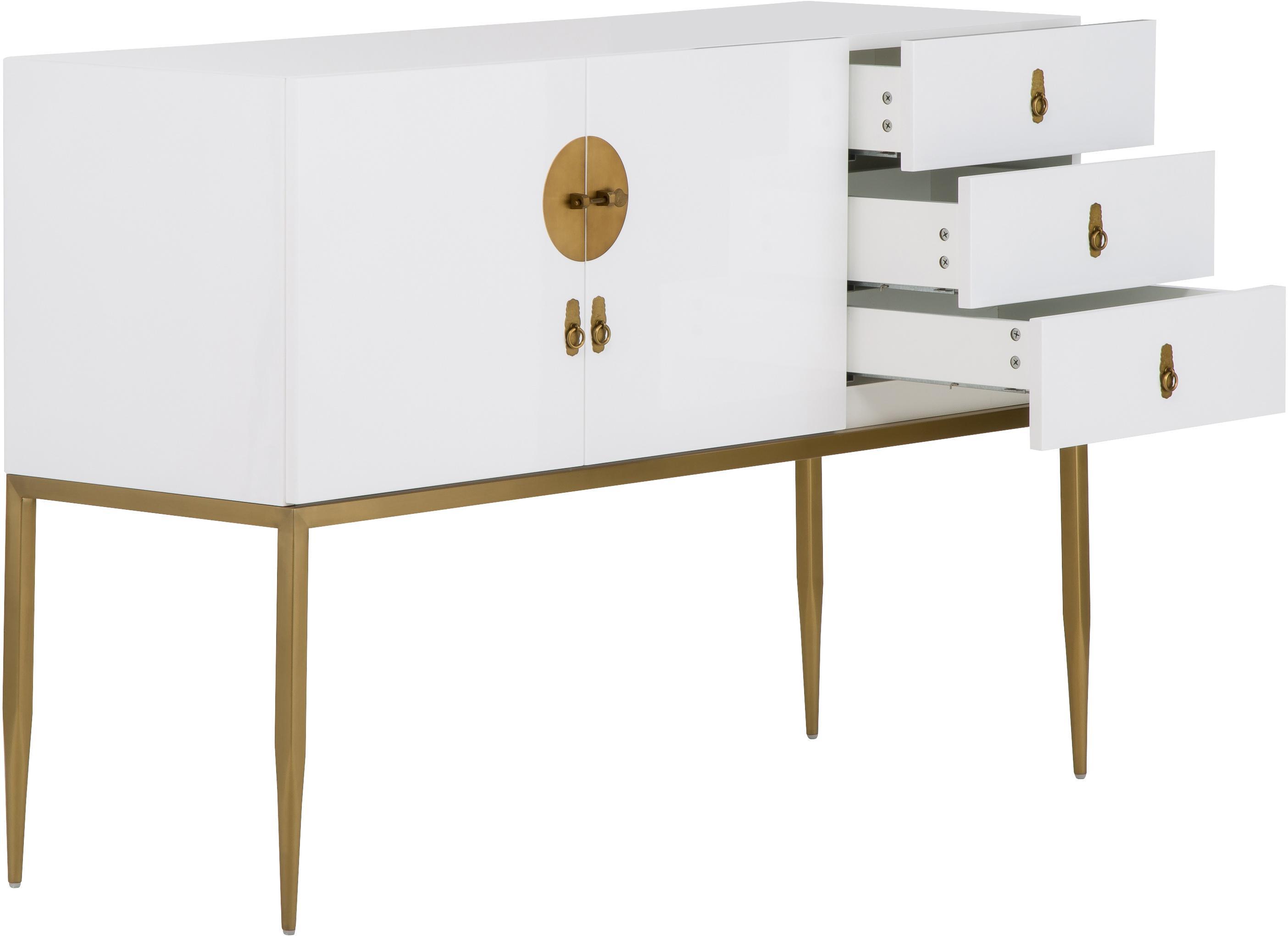 Sideboard Classy in Weiß Hochglanz, Korpus: Mitteldichte Holzfaserpla, Korpus: Weiß, hochglänzendBeschläge und Beine: Goldfarben, 135 x 92 cm