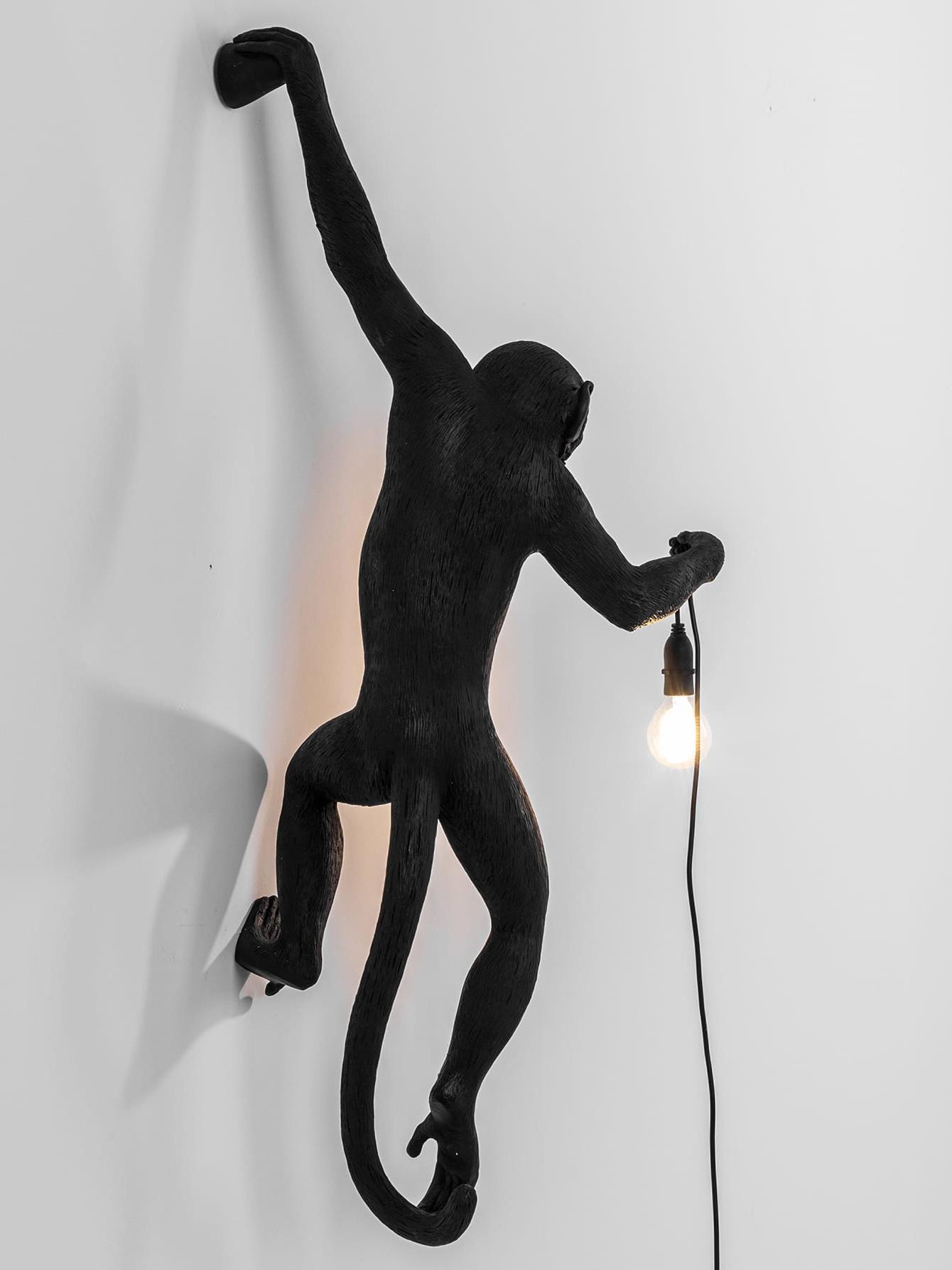 Outdoor wandlamp Monkey, Kunsthars, Zwart, 37 x 77 cm