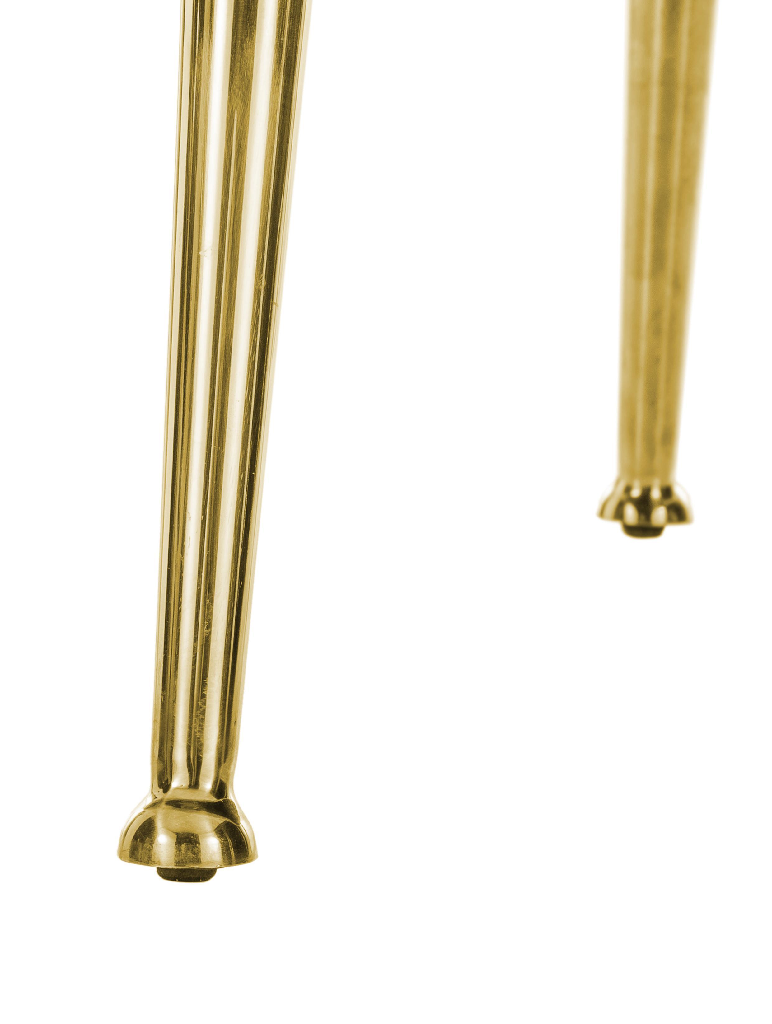 Poltrona in velluto Cara, Rivestimento: velluto (poliestere) 50.0, Struttura: legno di betulla massicci, Piedini: metallo rivestito, Beige, Larg. 81 x Prof. 78 cm