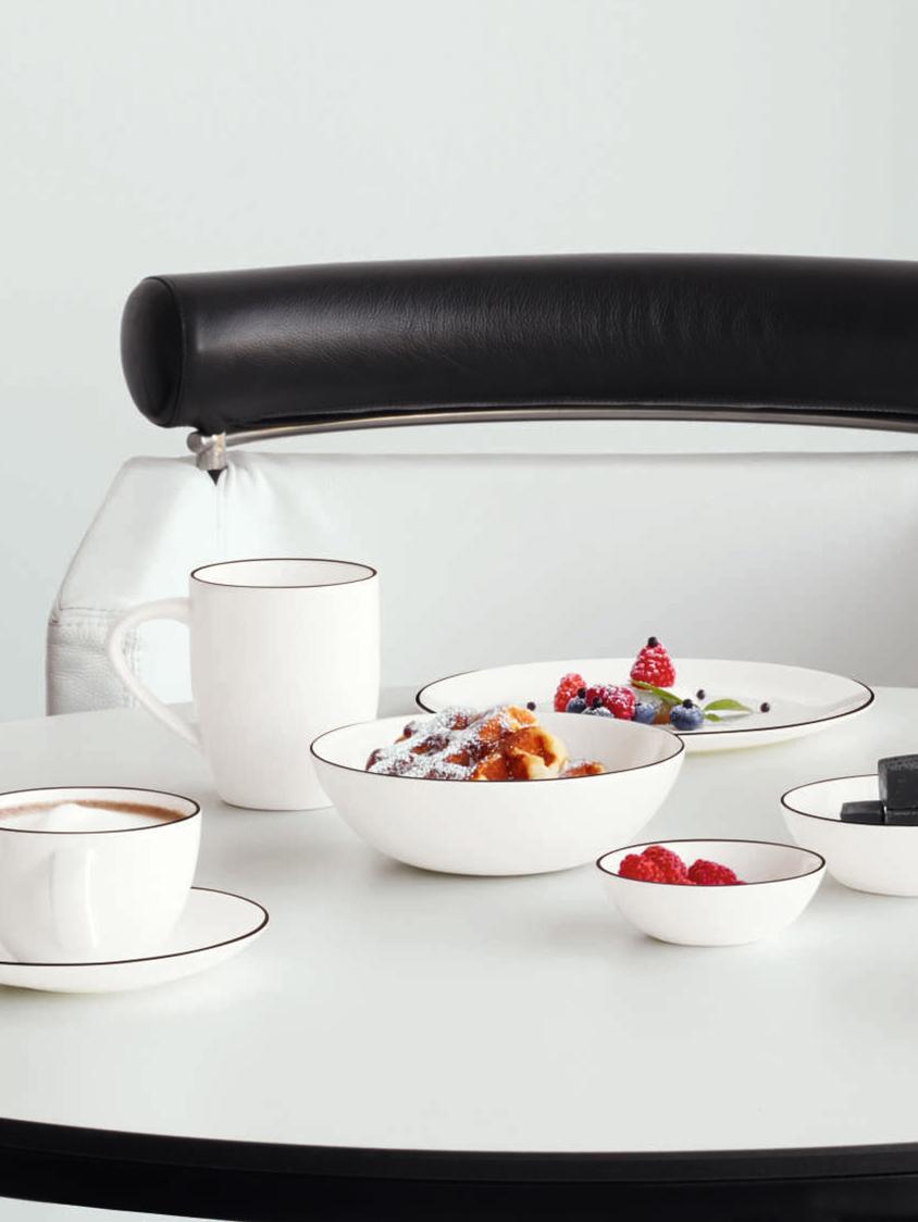 Speiseteller á table ligne noir mit schwarzem Rand, 4 Stück, Fine Bone China (Porzellan), Weiß<br>Rand: Schwarz, Ø 27 cm