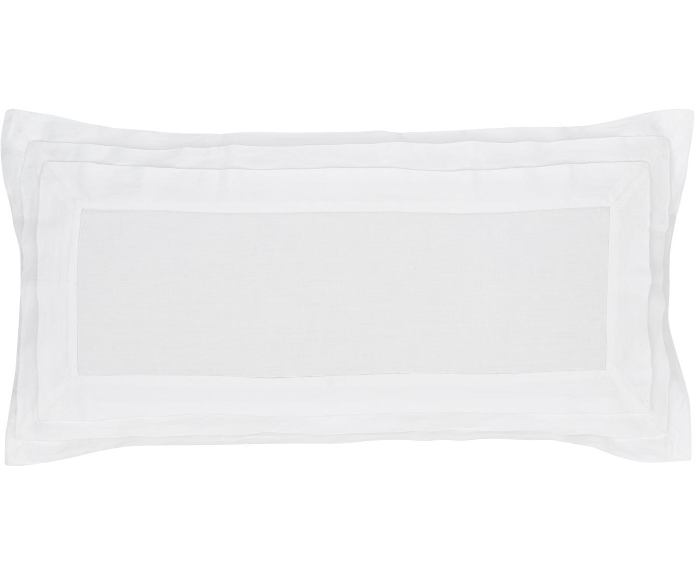 Gewaschene Leinen-Kissenbezüge Helena in Weiß mit Stehsaum, 2 Stück, Halbleinen (52% Leinen, 48% Baumwolle)  Fadendichte 136 TC, Standard Qualität  Halbleinen hat von Natur aus einen kernigen Griff und einen natürlichen Knitterlook, der durch den Stonewash-Effekt verstärkt wird. Es absorbiert bis zu 35% Luftfeuchtigkeit, trocknet sehr schnell und wirkt in Sommernächten angenehm kühlend. Die hohe Reißfestigkeit macht Halbleinen scheuerfest und strapazierfähig., Weiß, 40 x 80 cm