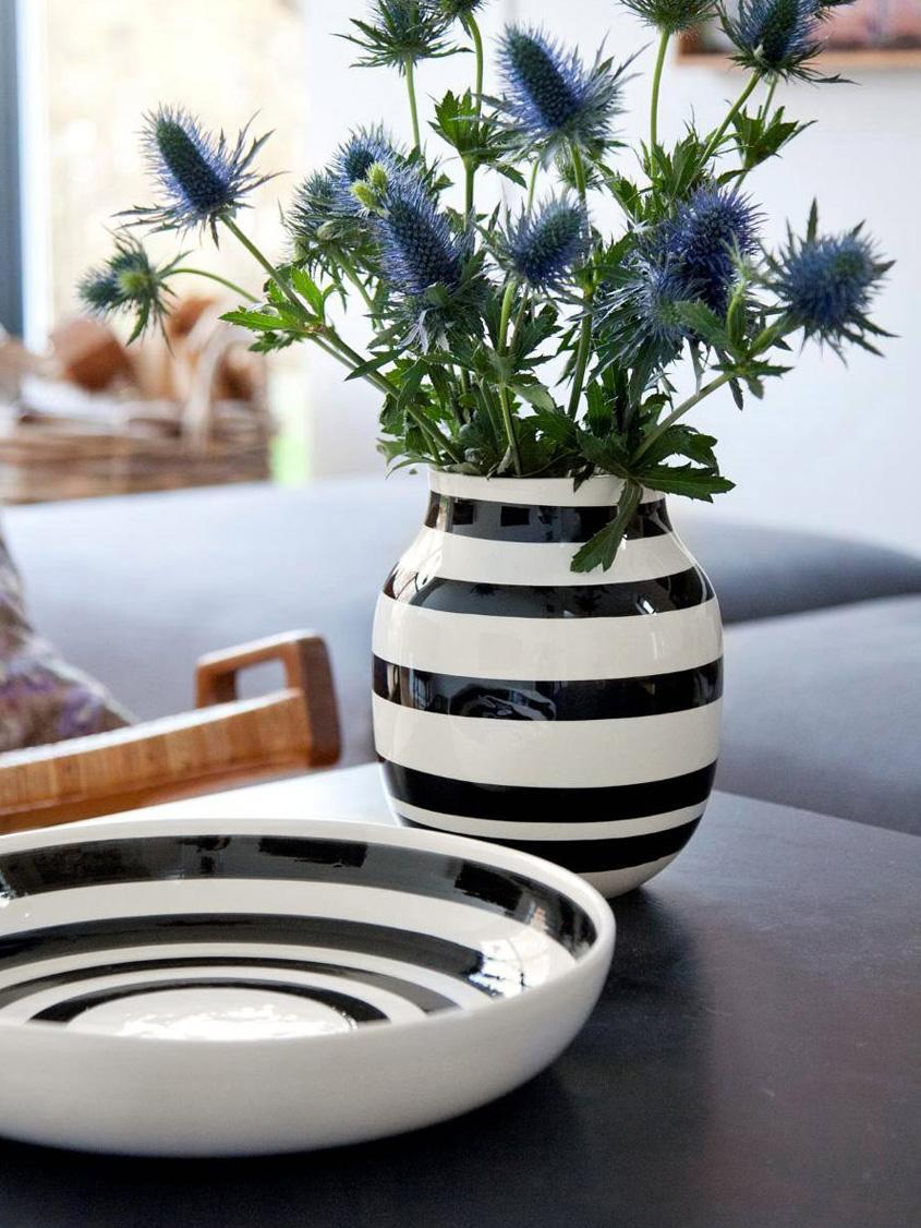 Jarrón artesanal de diseño Omaggio, mediano, Cerámica, Negro, blanco, Ø 17 x Al 20 cm