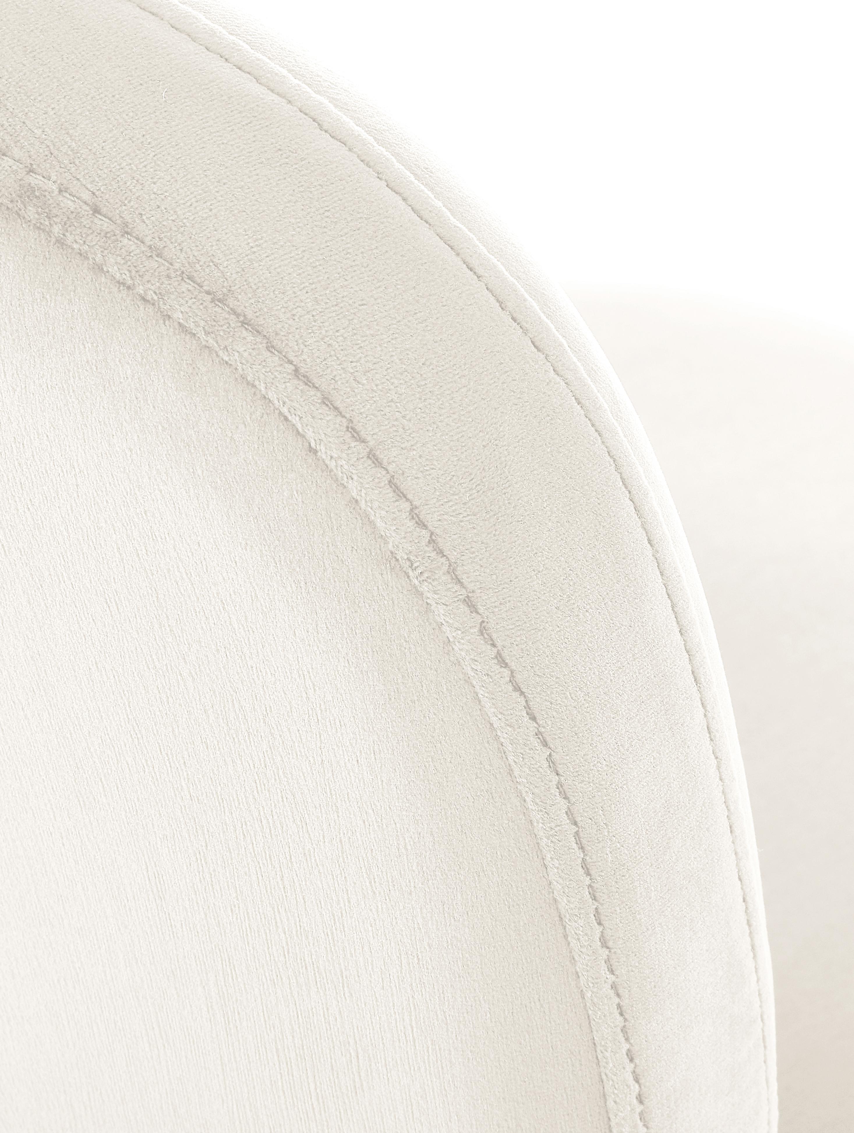 Krzesło tapicerowane z aksamitu Viggo, Tapicerka: aksamit (poliester) 50 00, Aksamitny beżowy, Nogi: złoty, S 49 x G 66 cm