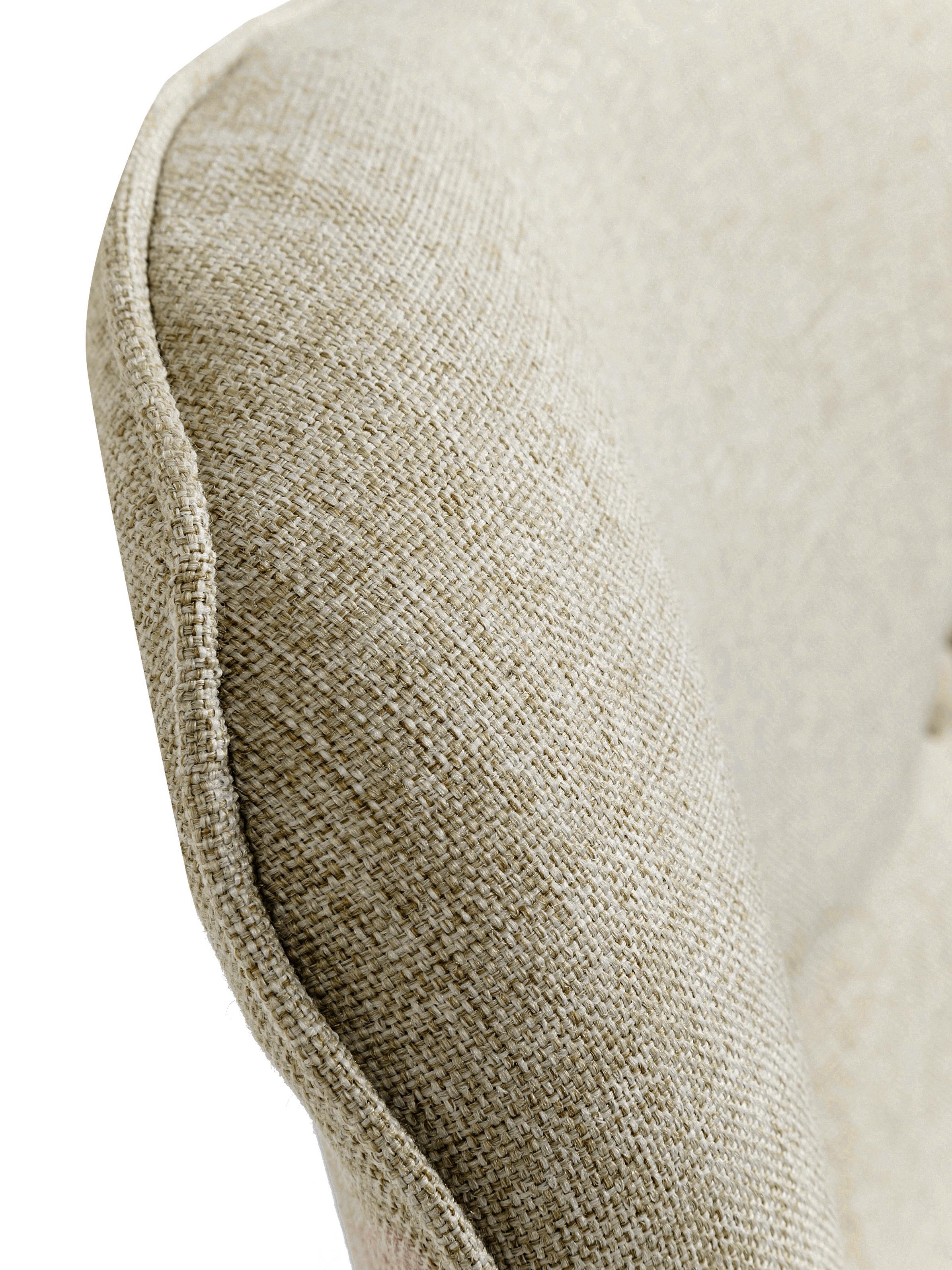 Ohrensessel Vicky in Cremefarben, Bezug: Polyester Der hochwertige, Beine: Eichenholz, massiv, gebei, Korpus: Buche Spanplatte, naturbe, Webstoff Cremefarben, B 59 x T 63 cm
